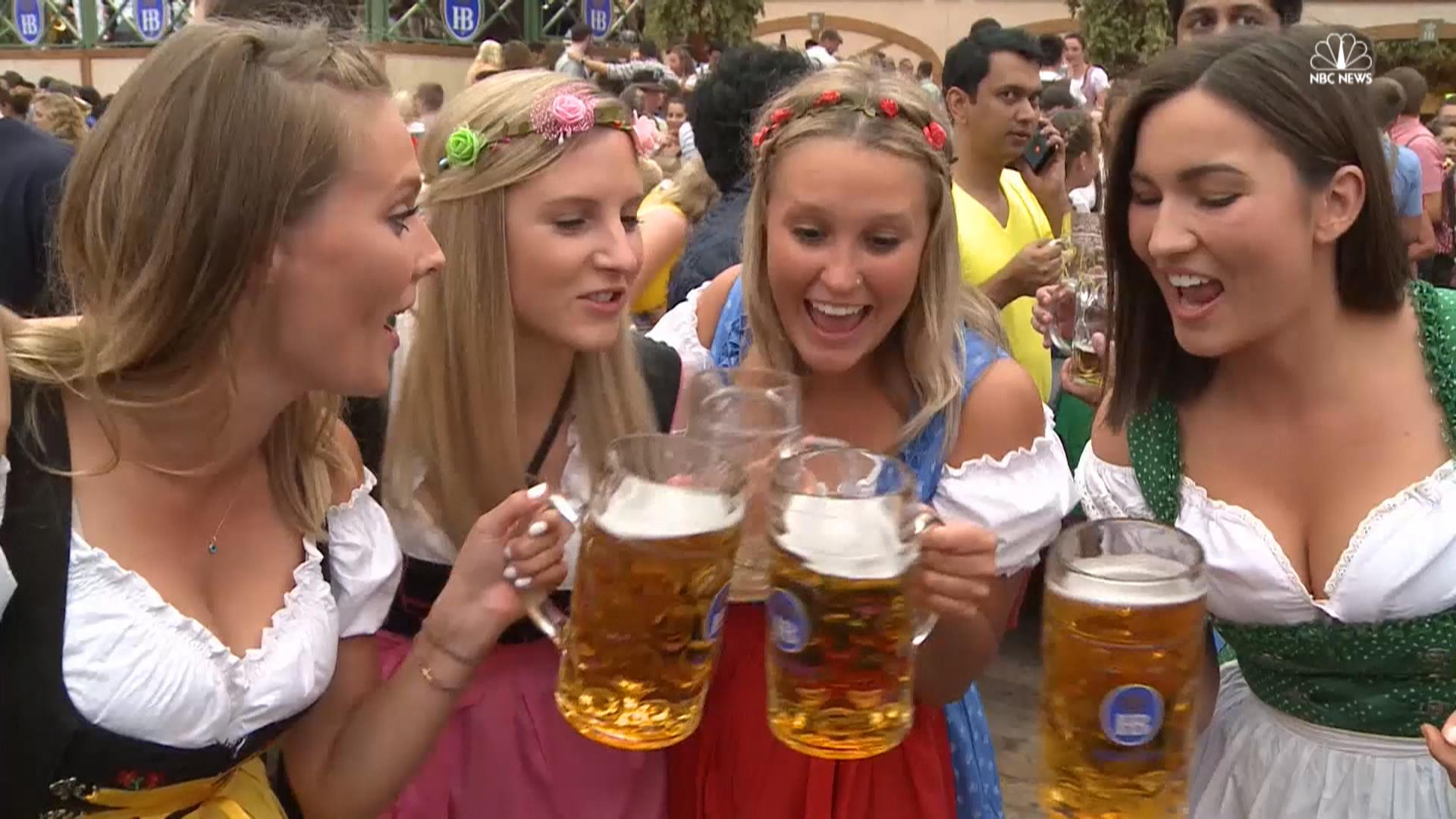 world s largest beer festival kicks off nbc news. Black Bedroom Furniture Sets. Home Design Ideas