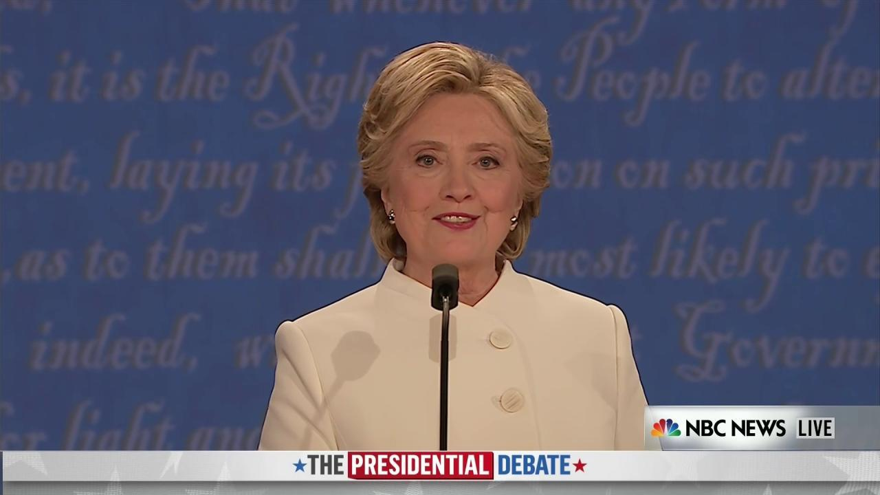 Clinton: 'I'm Reaching Out to All Americans'