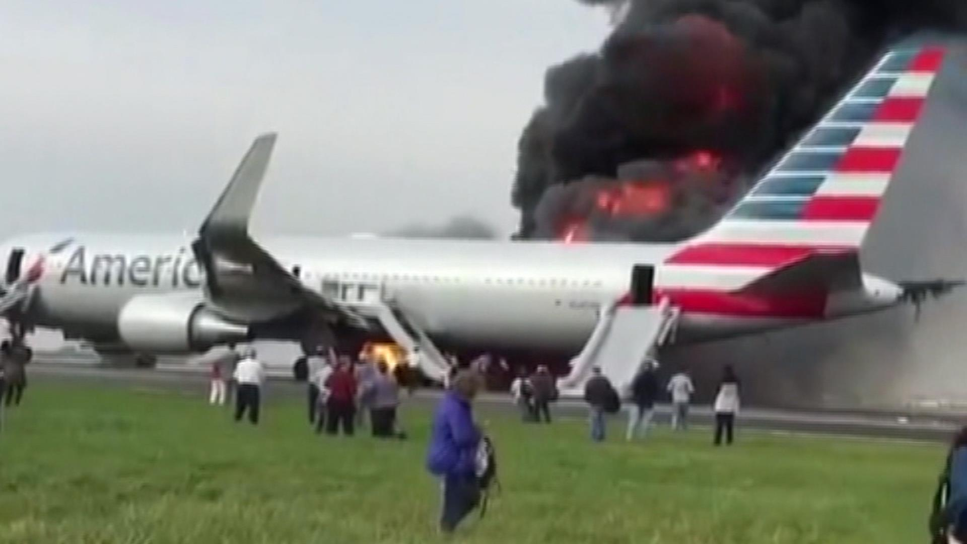 Fire Smoke Seen From American Airlines Flight 383 Nbc News