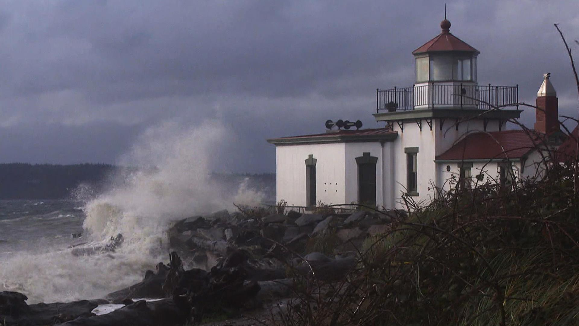 Pacific Northwest braces for major storm with hurricane