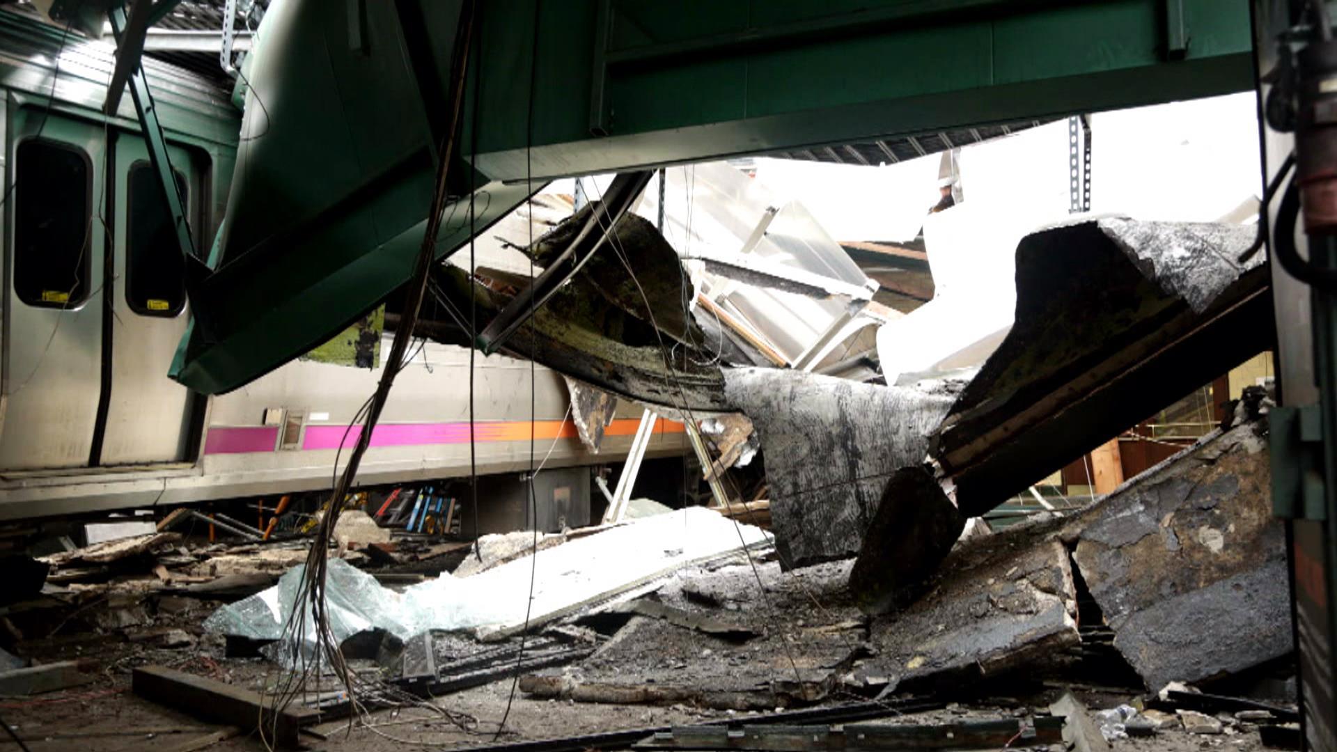 How Many Car Crash Victims Sue