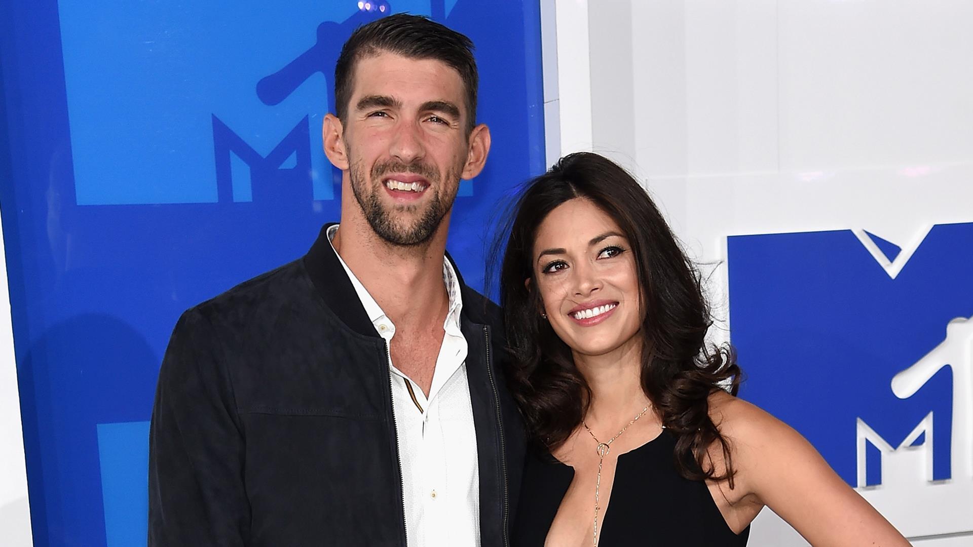 Michael Phelps secretly married Nicole Johnson months ago!