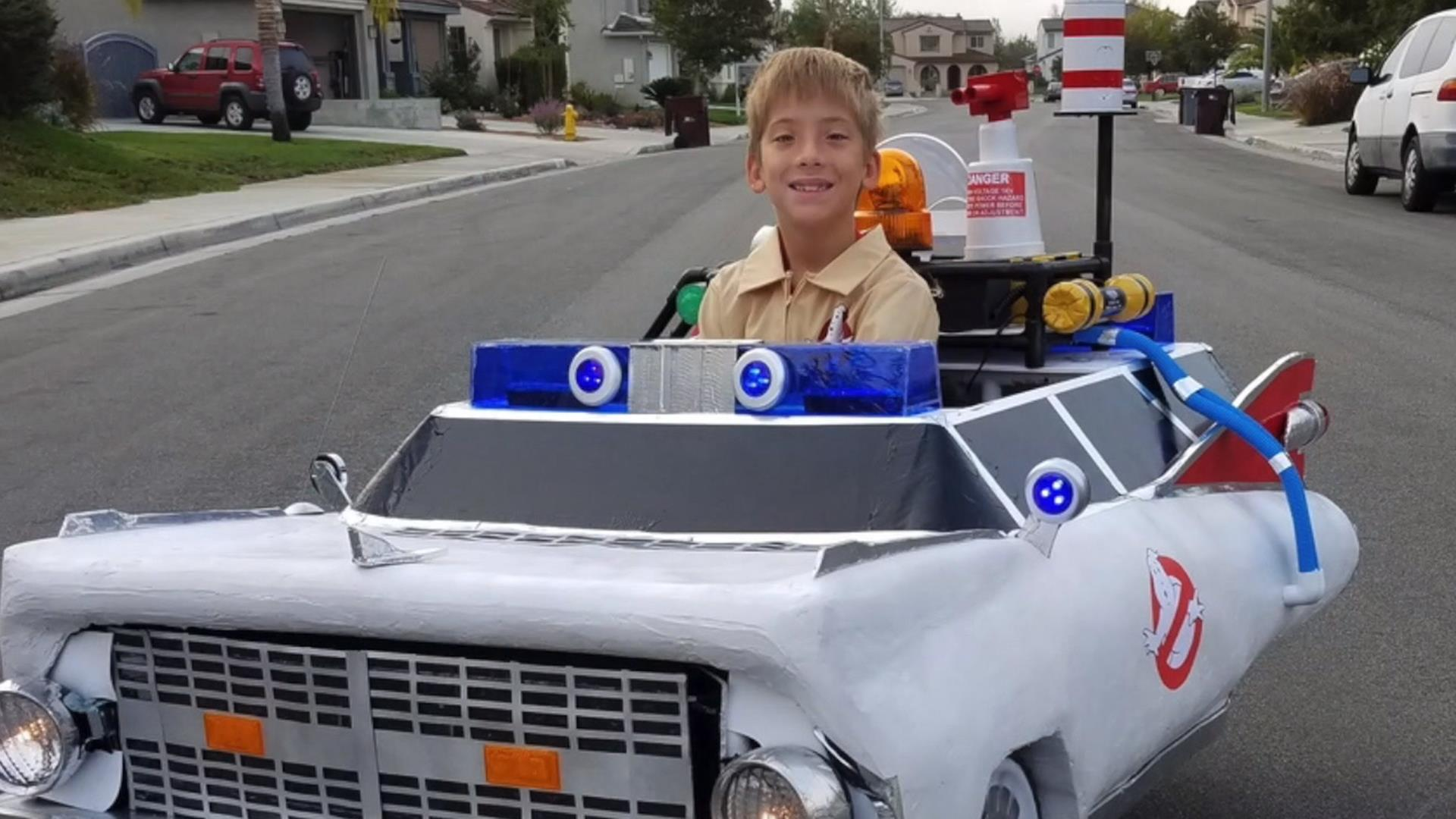 Dad Turns Son S Wheelchair Into Ghostbusters Ecto 1 Car
