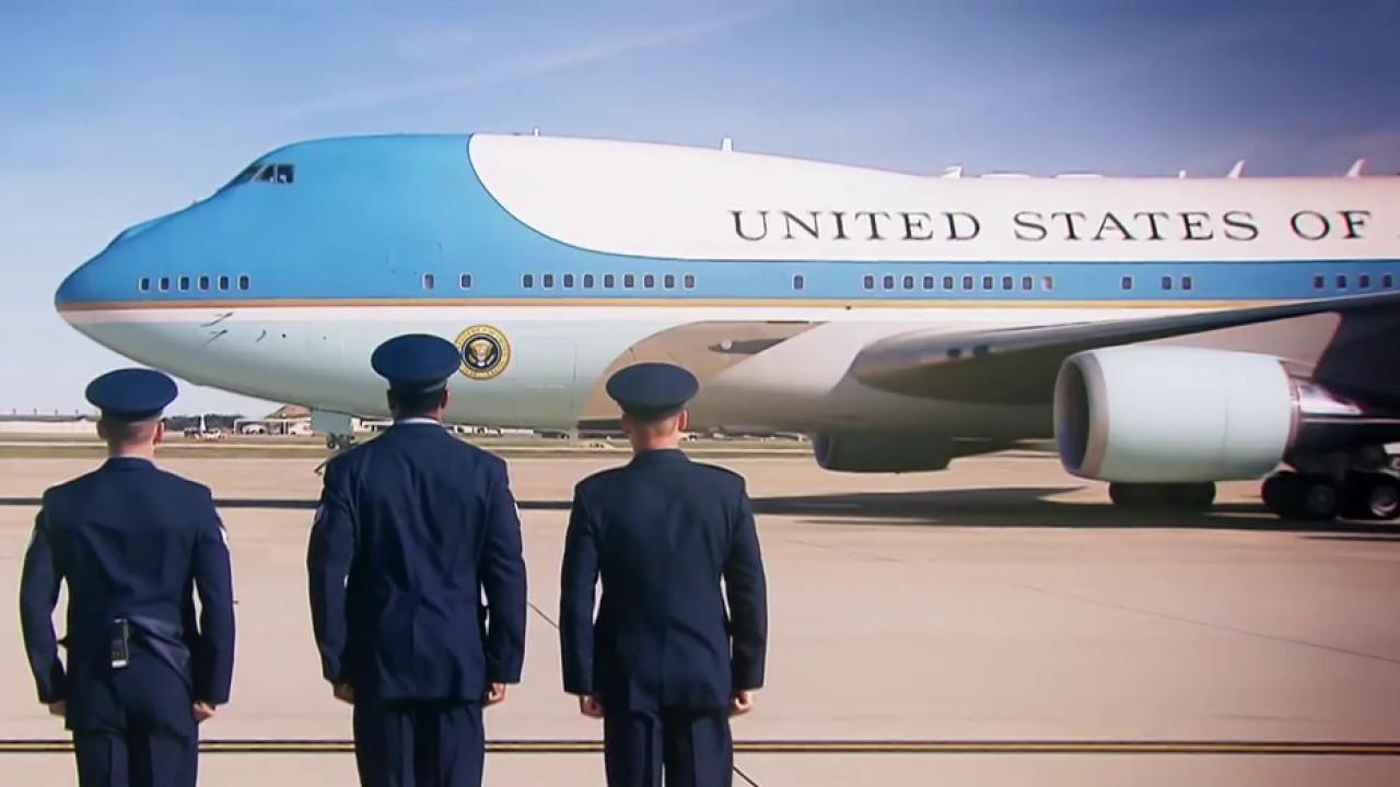 Trump plane vs. Air Force One: A comparison