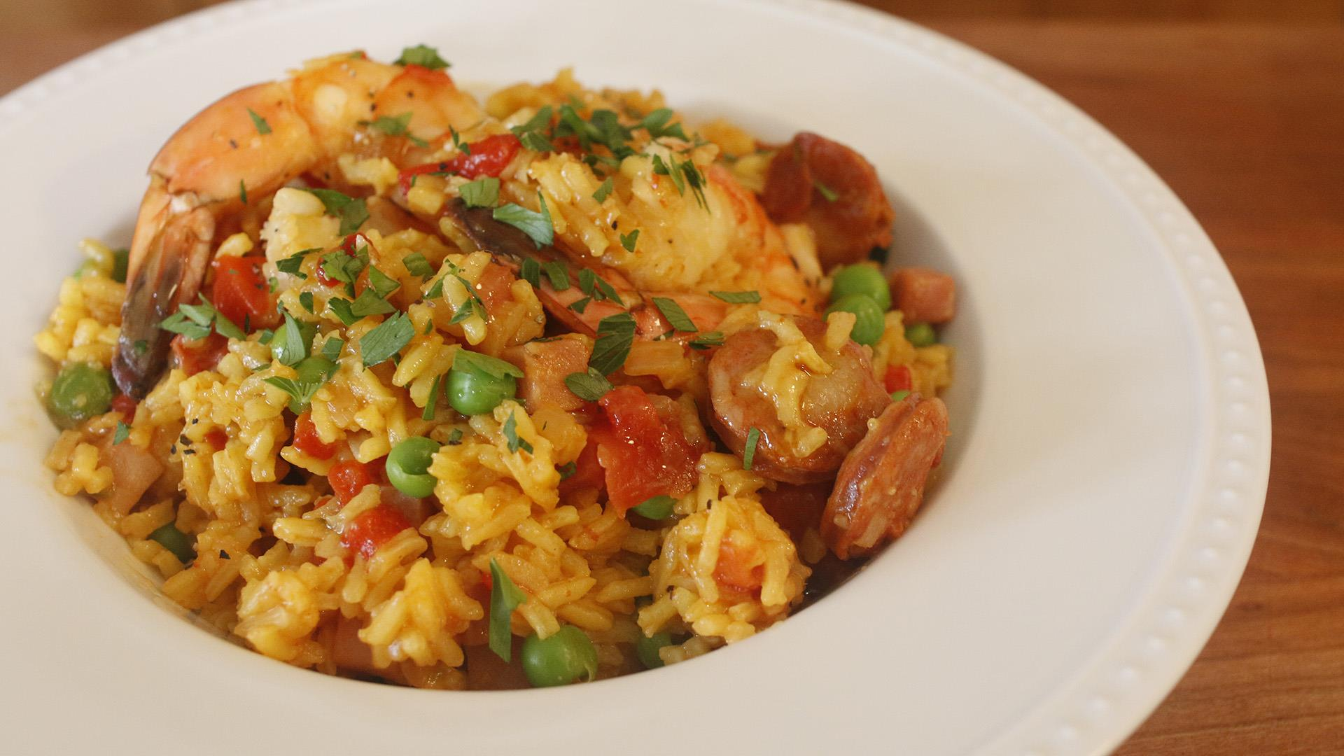 Try this one-pot paella with shrimp, chorizo and peas ...