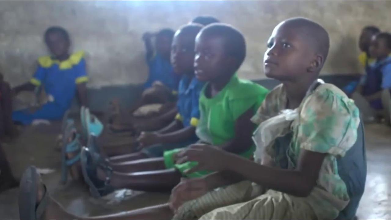 K.I.N.D. Fund delivers 300 more desks to...