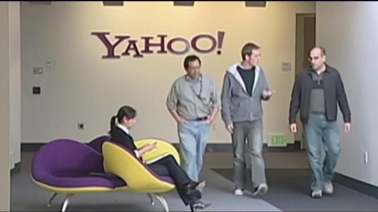 Yahoo reveals new hack, impacting 1...