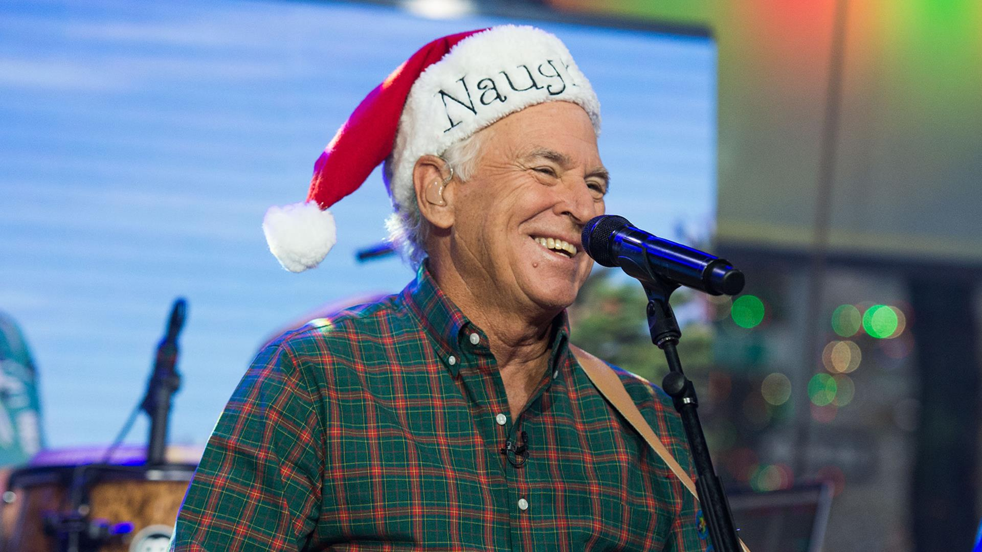 Watch Jimmy Buffett perform \'Jingle Bell Rock\' live on TODAY