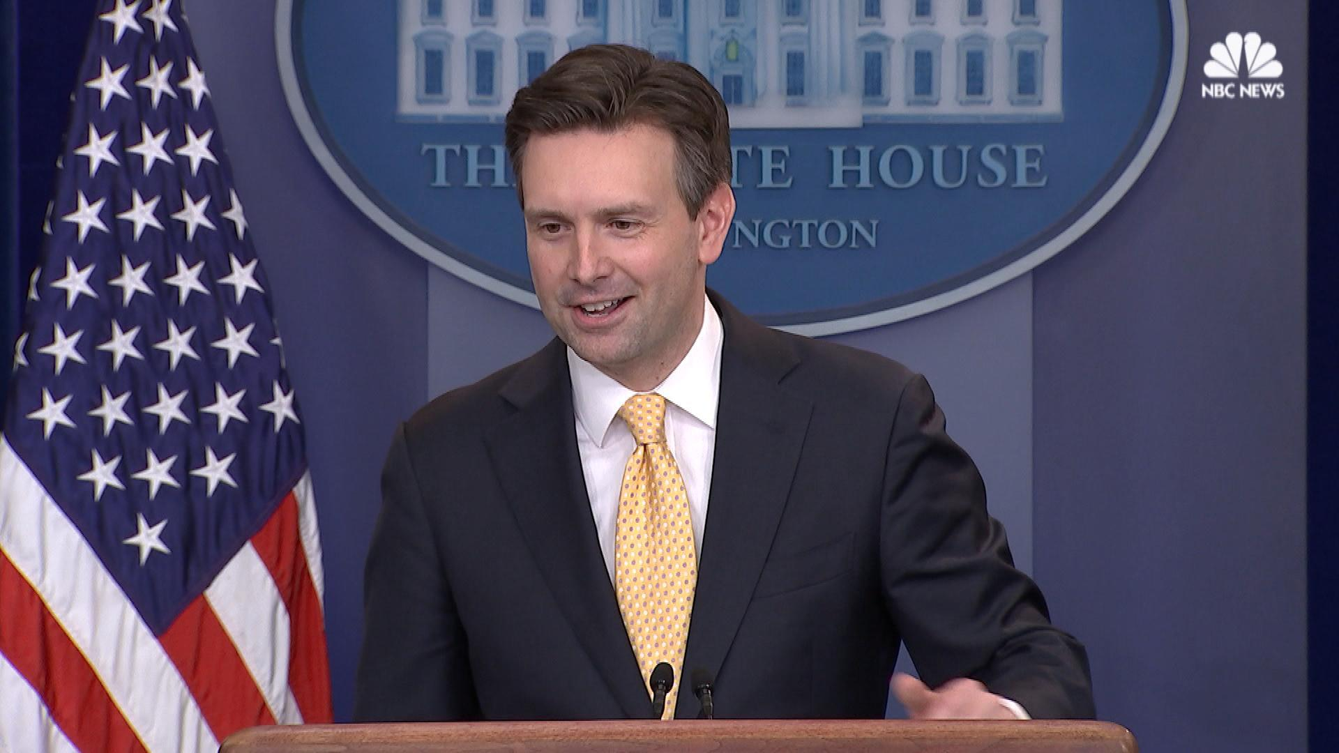 obama surprises spokesman josh earnest at final white house press