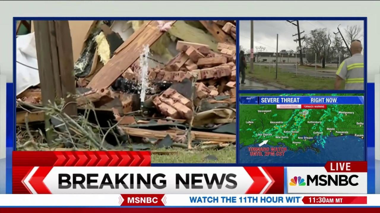 Multiple tornadoes leave damage near New...