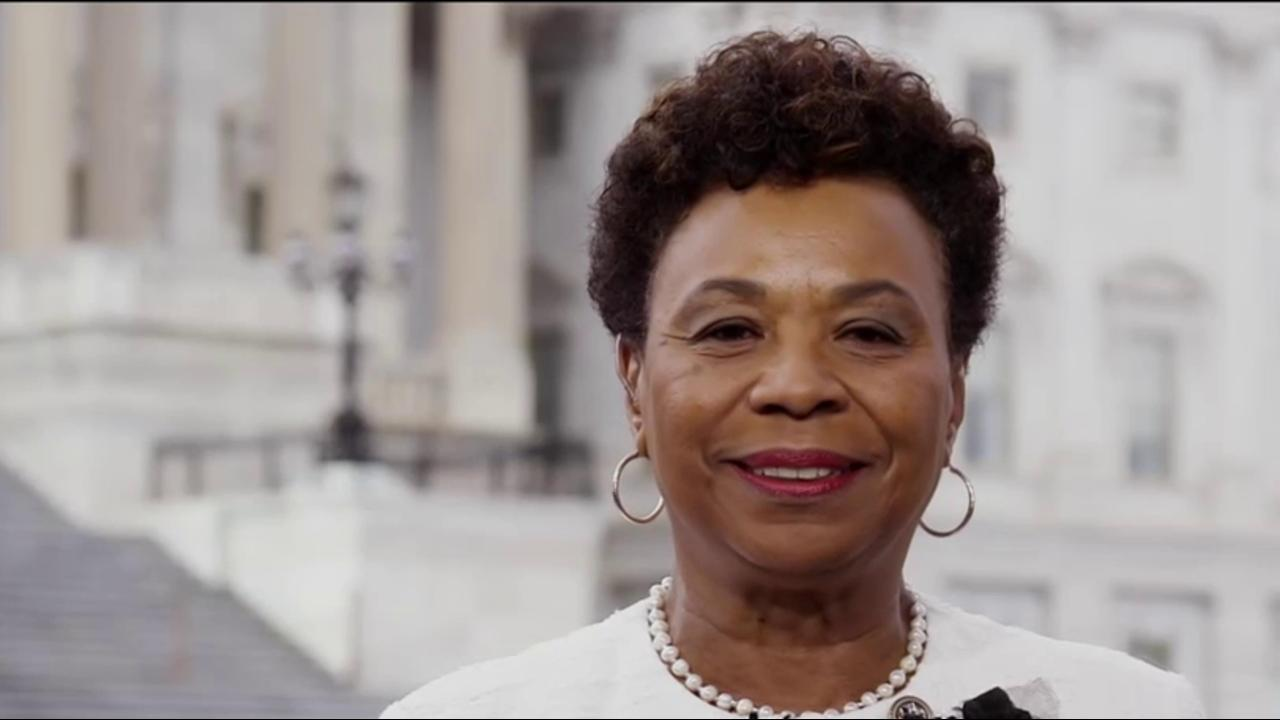 Rep. Lee: Trump 'ignorant' not to realize...
