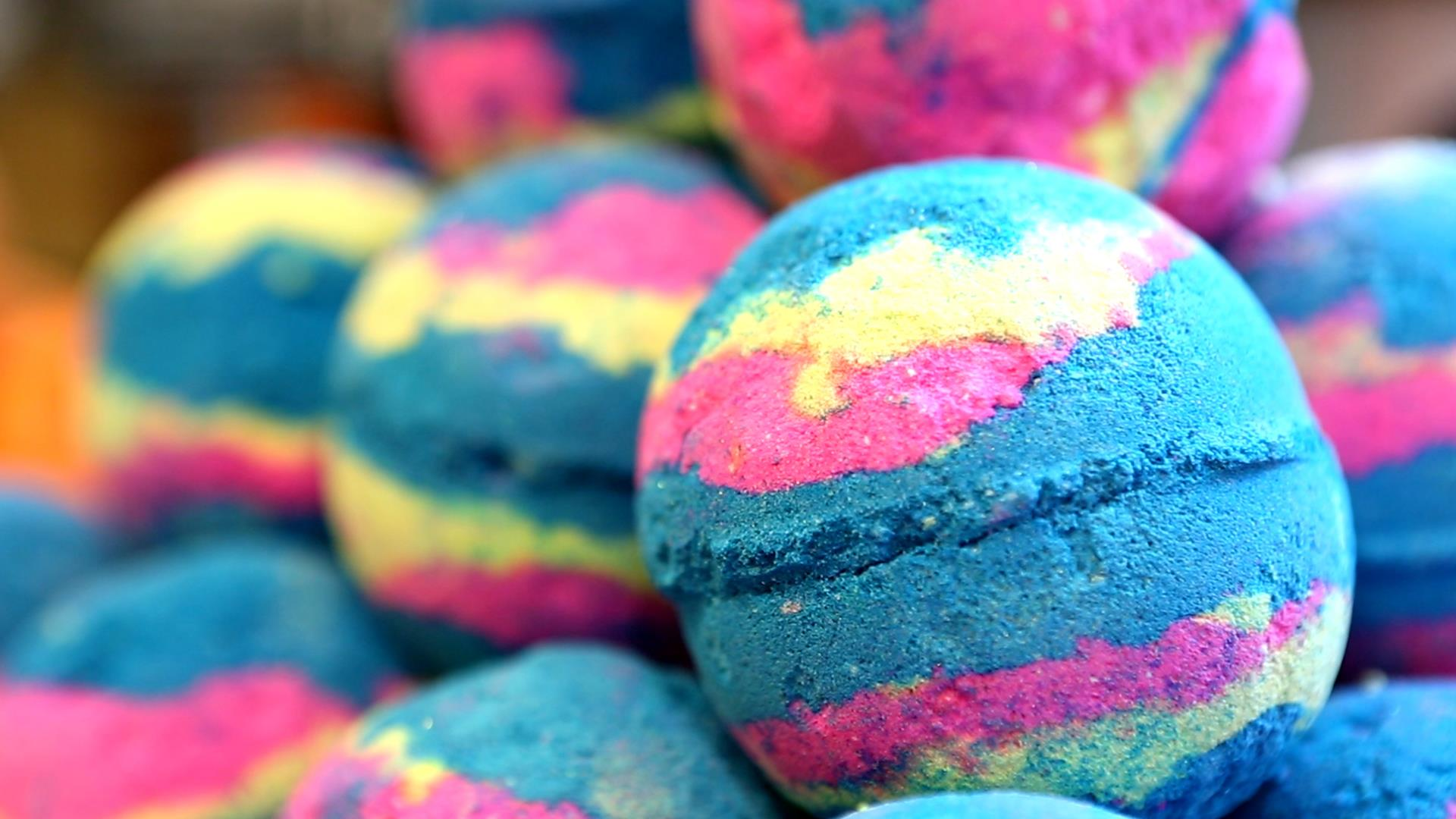 Lush Bath Bomb: See How Itu0027s Made From Start To Finish