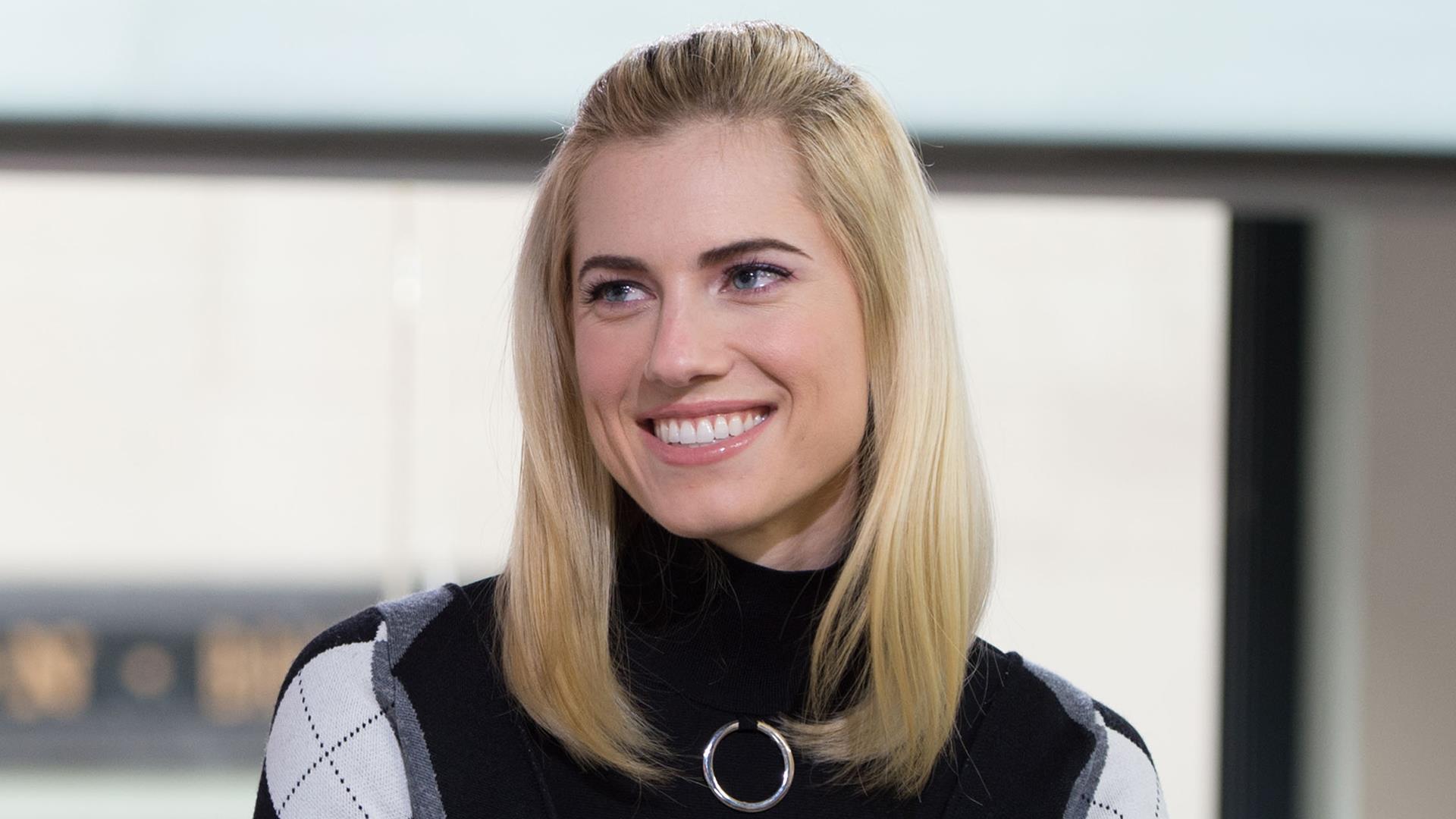 Allison Williams On How Blond Hair Has Changed How Men See Her
