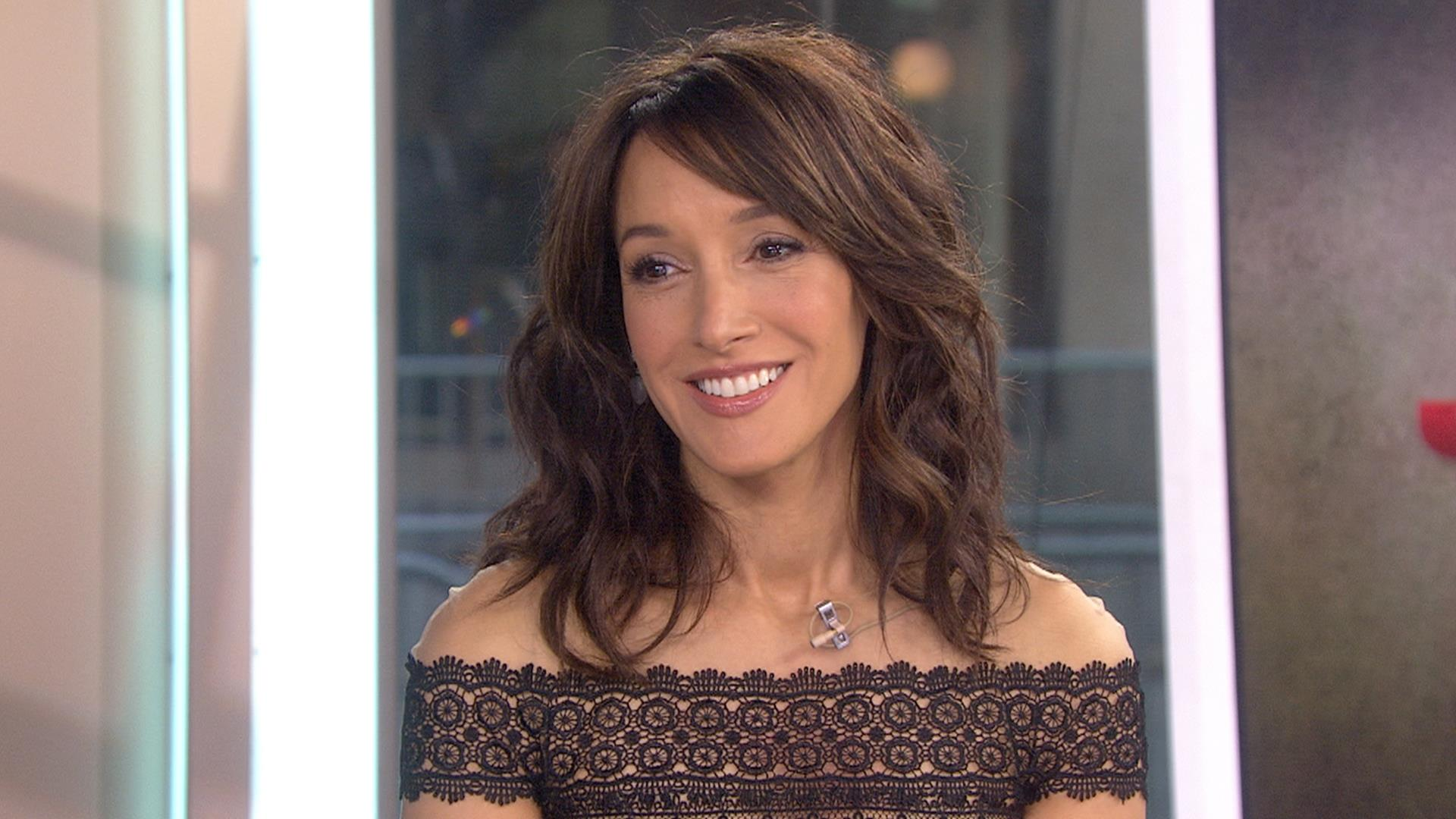 Jennifer Beals Jennifer Beals new pictures