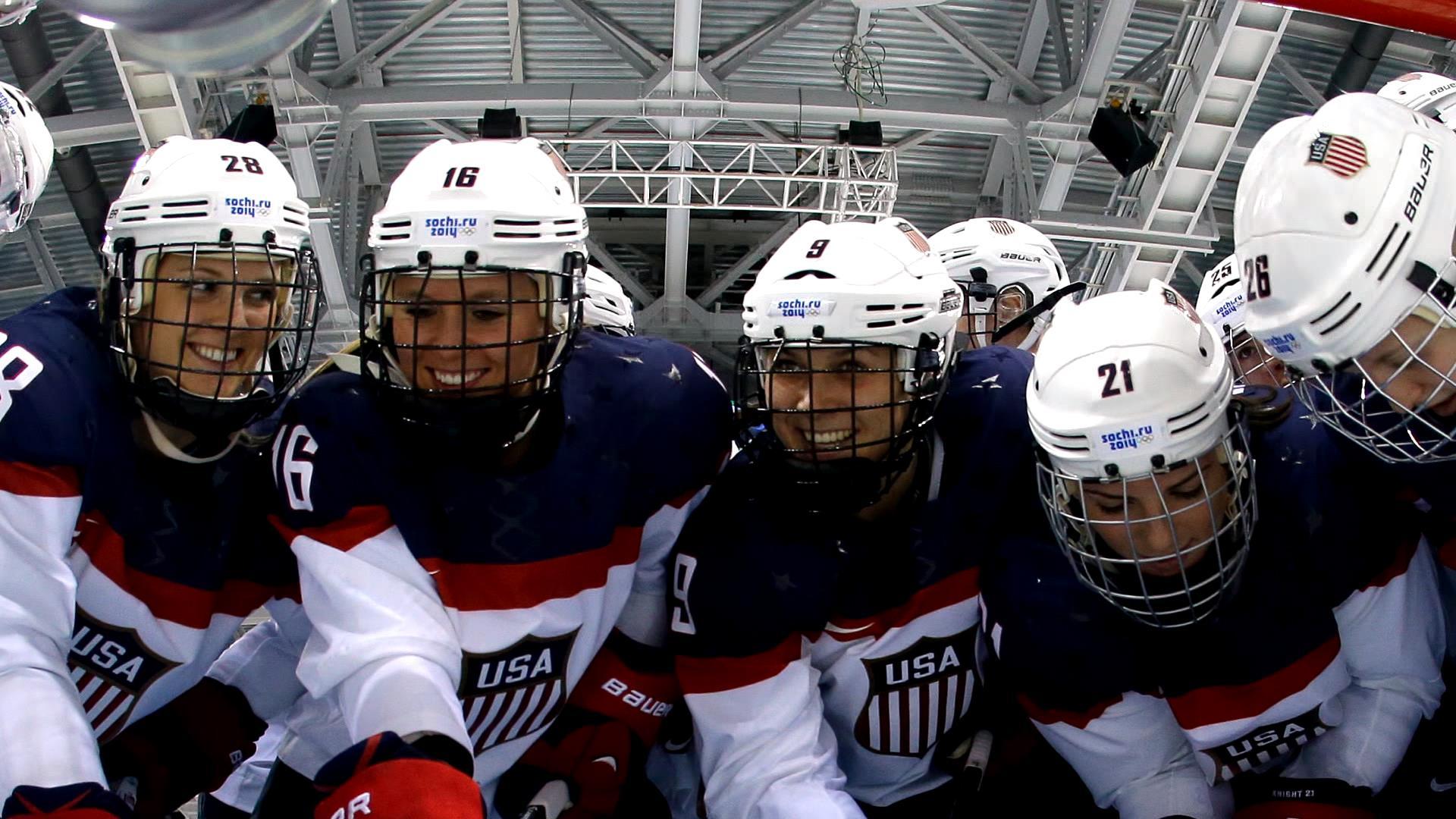 women hockey players threaten boycott over wages