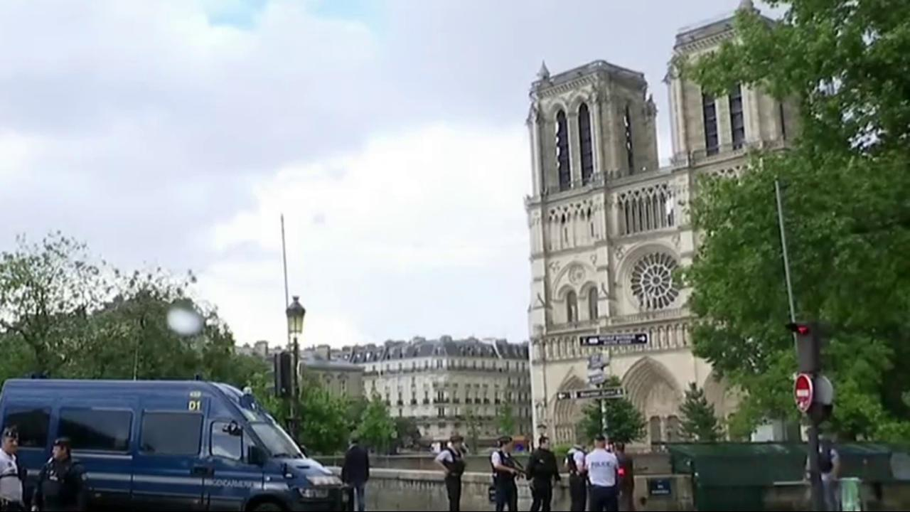 Paris Police: Man Who Attacked Officer...