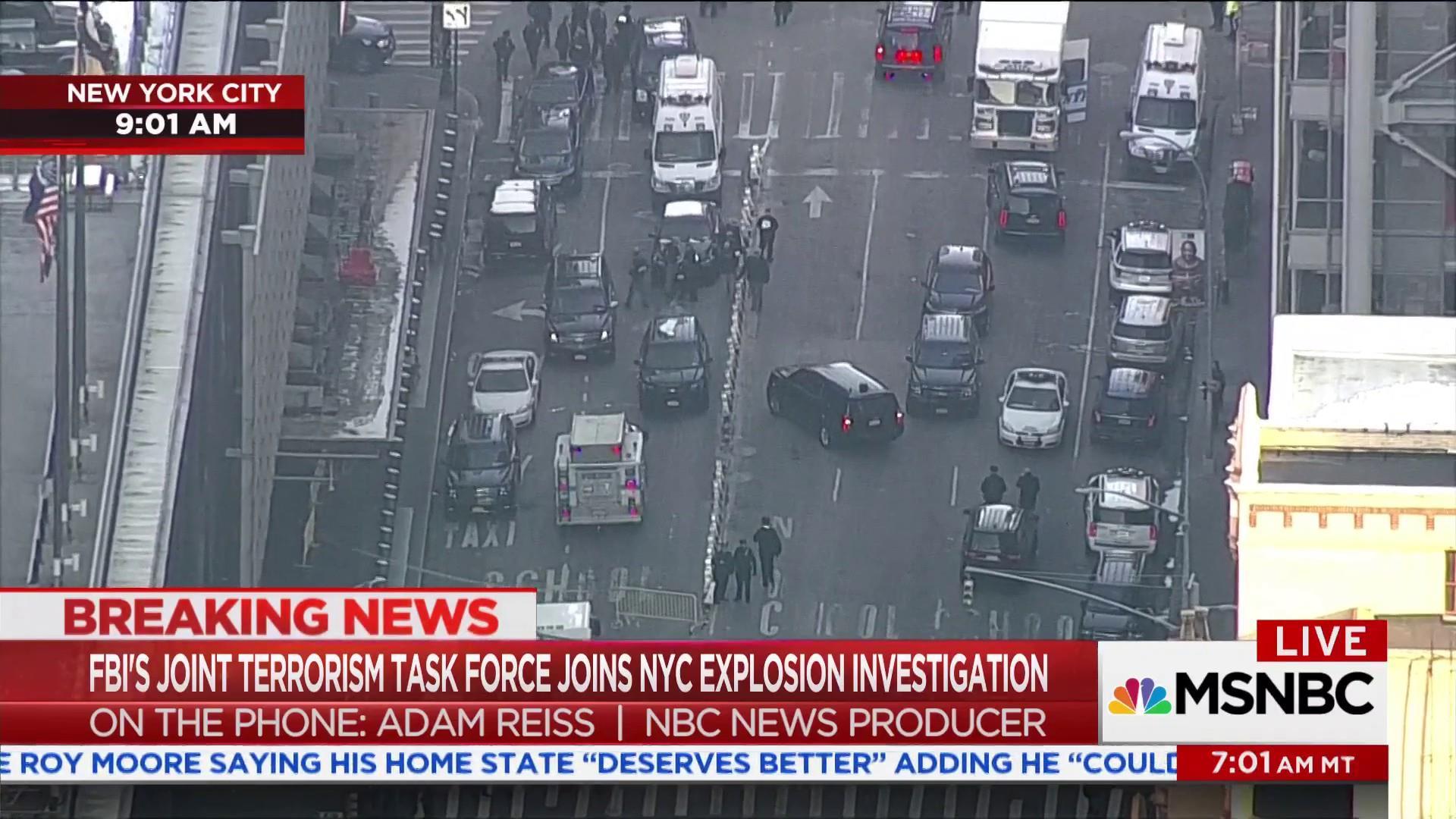 Suspect of Manhattan bombing is in custody