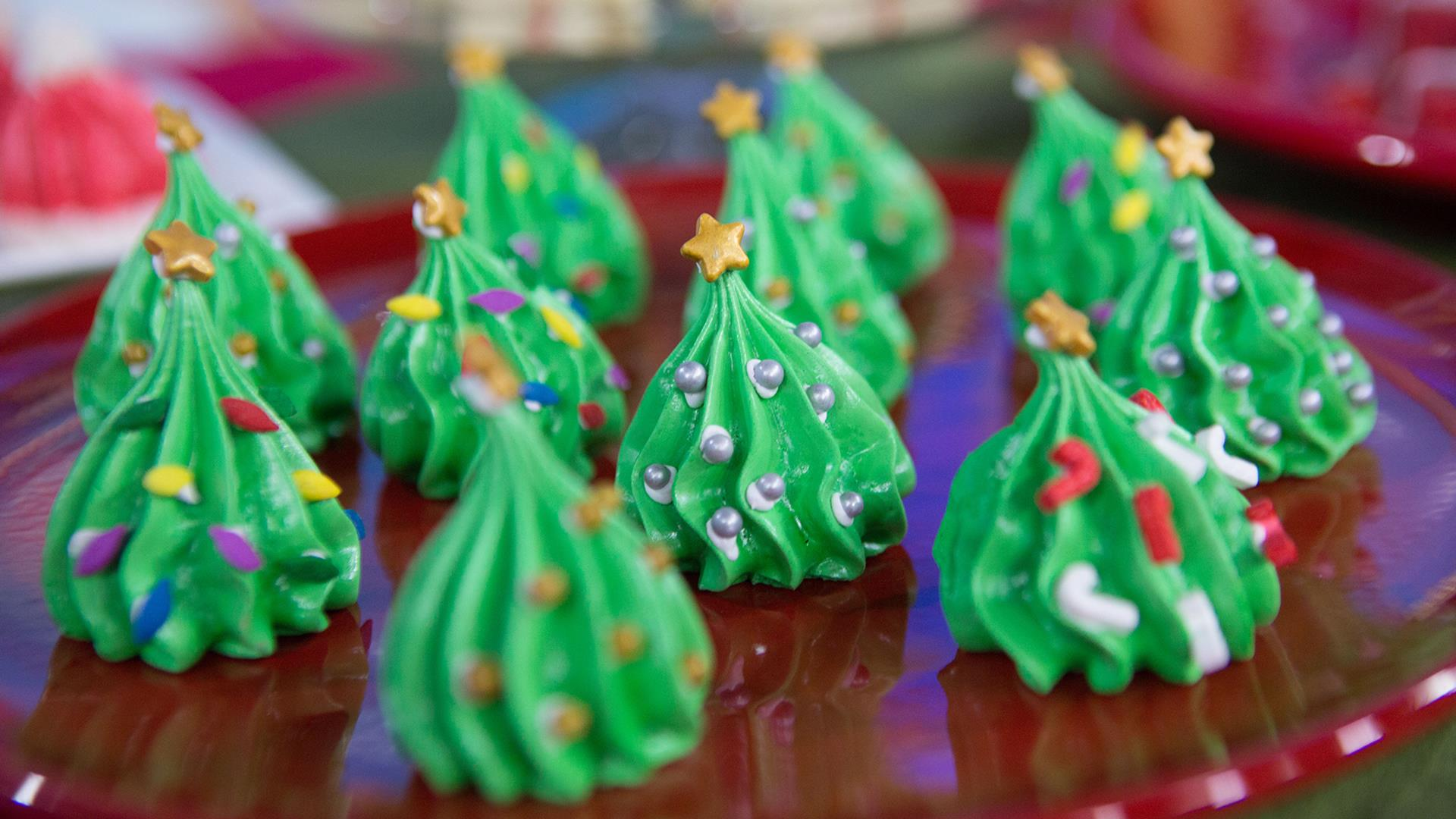 Santa cake, snowman spoons and other treats to sweeten Christmas