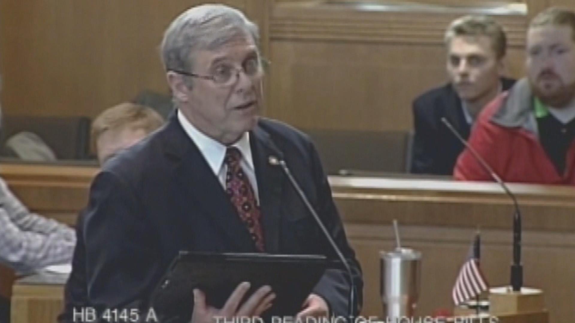 Oregon passes bipartisan gun control bill