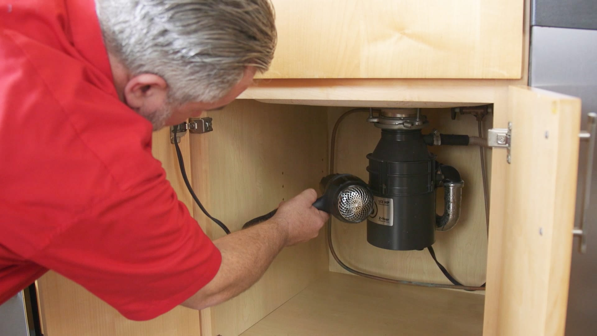 10 Things Your Plumber Wishes You Wouldnt Do Wiring A Garbage Disposal And Dishwasher Electrical Share The