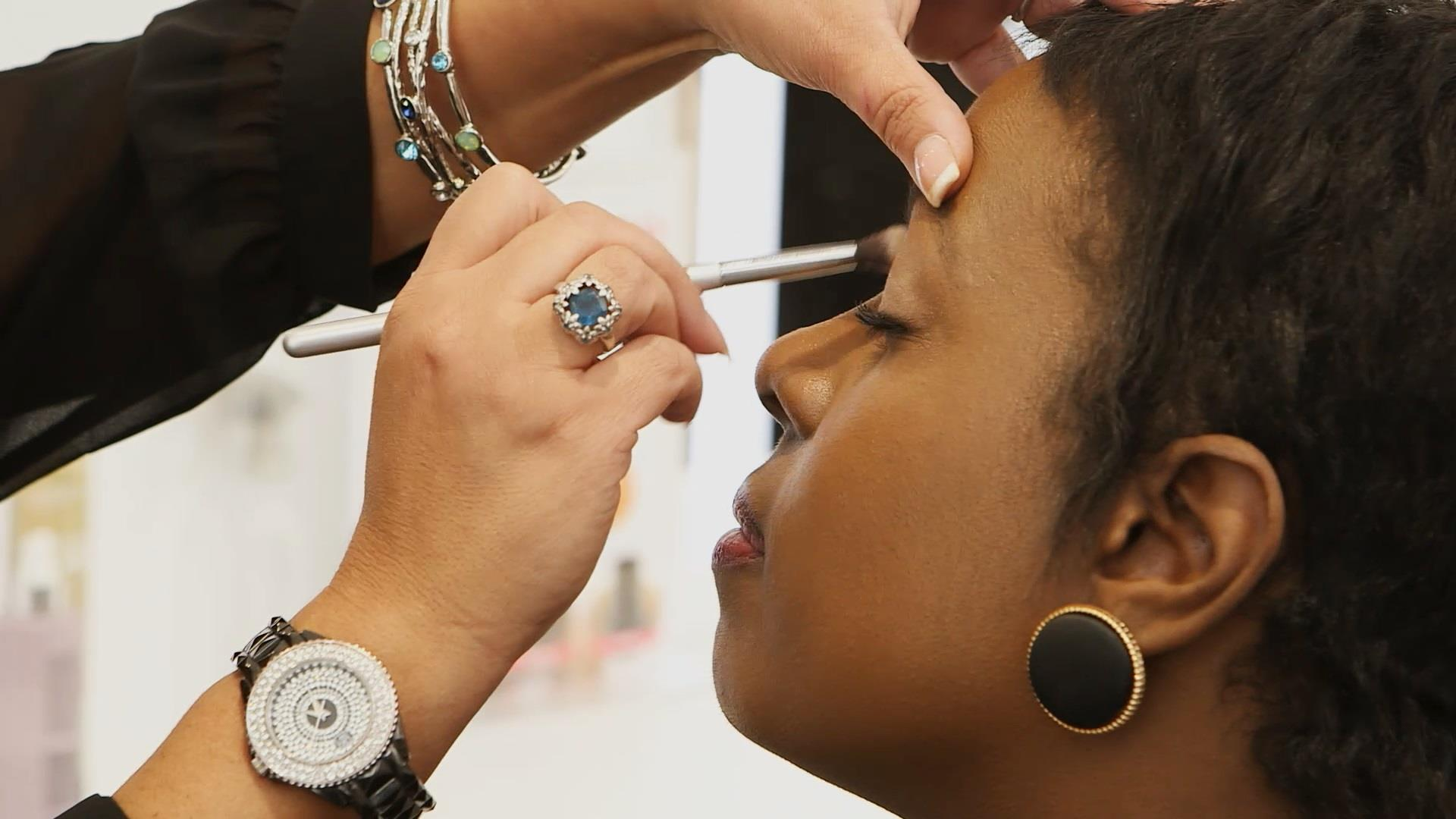 Makeup counter etiquette: Everything you need to know