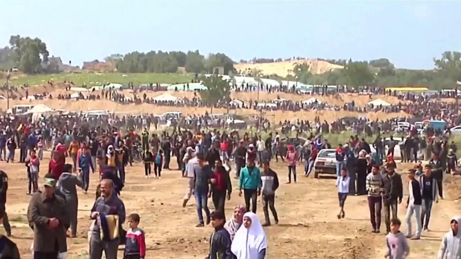 Israeli troops shoot 750 Palestinians at Gaza border