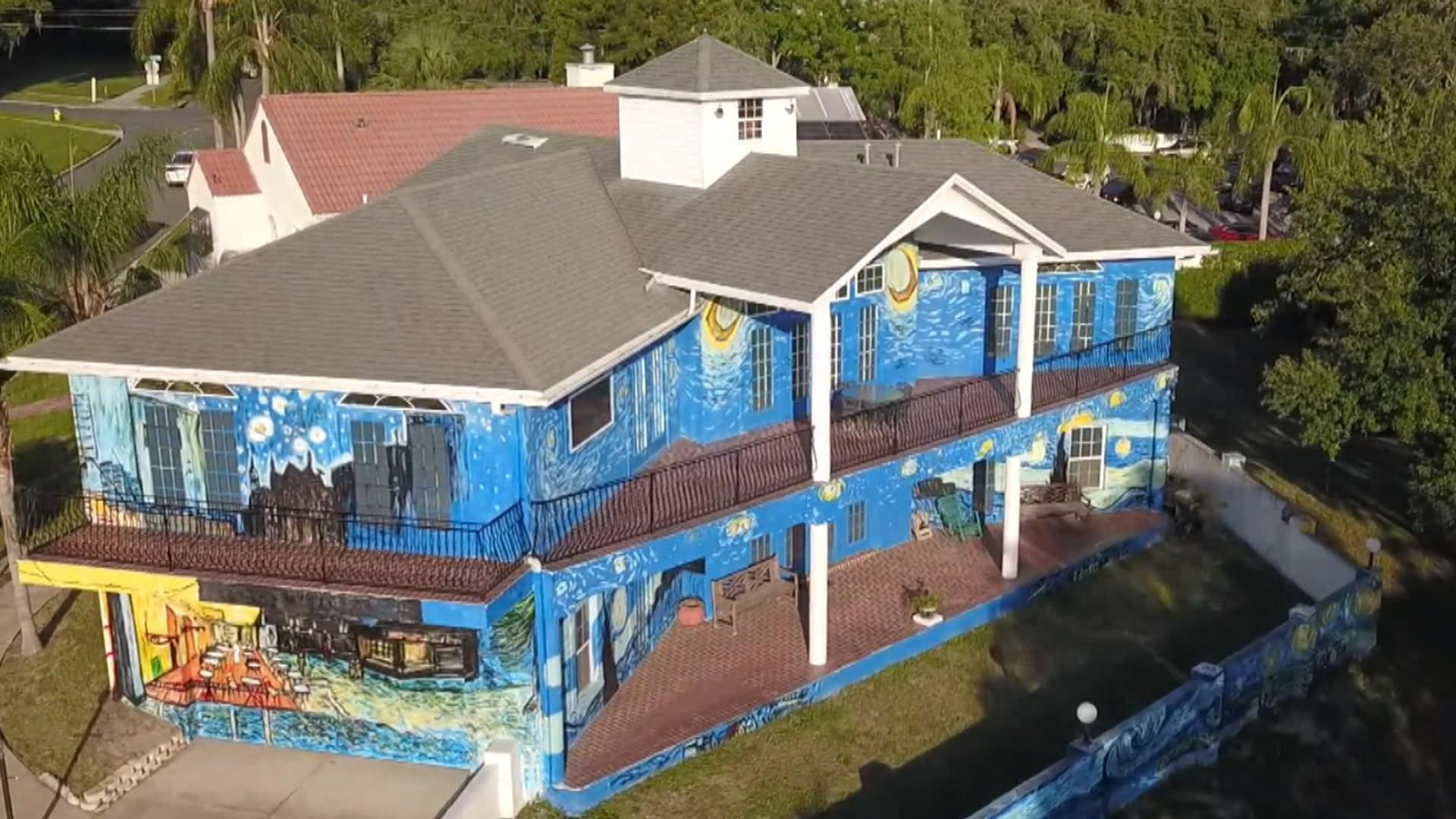 Starry Night House In Florida Has Homeowners Battling City