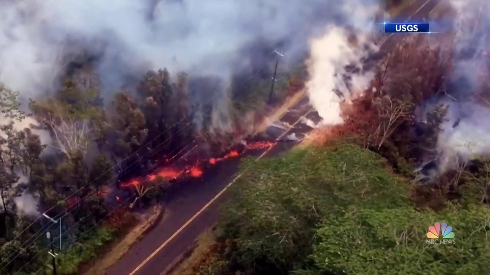 Hawaii's Kilauea volcano could spew boulders the size of