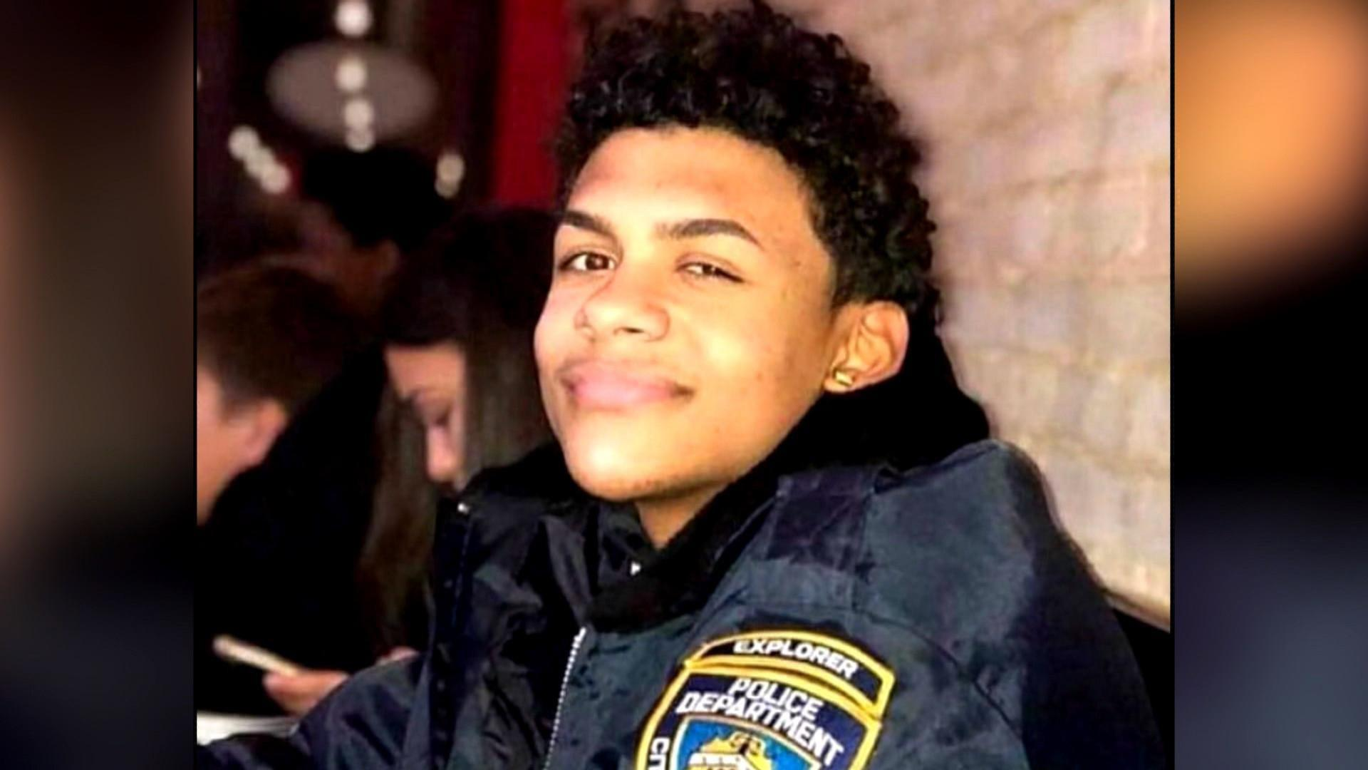 Bronx 15-year-old murdered outside a deli - NBC News