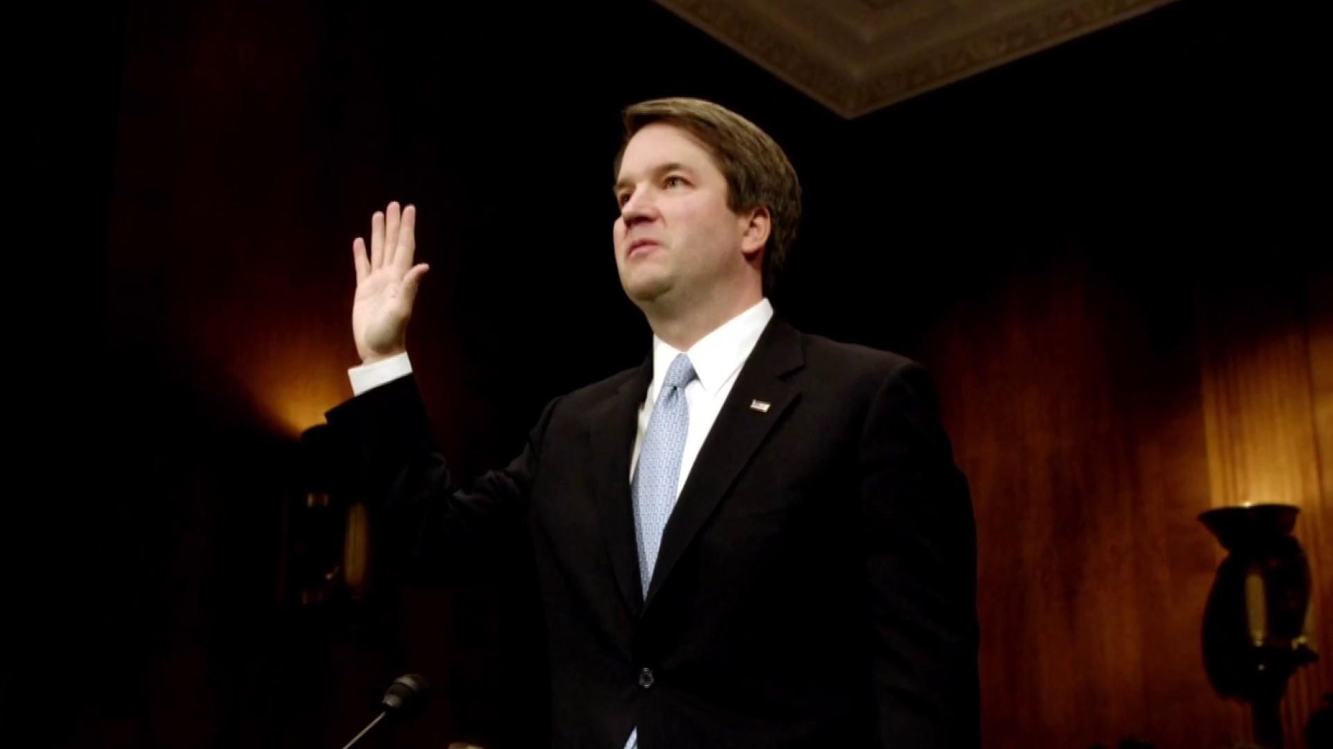 Trump narrows Supreme Court pick to 3 appeals court judges