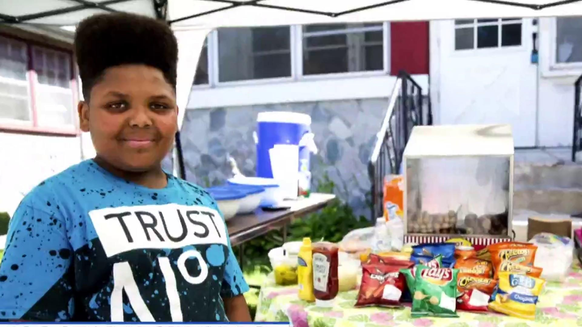 13-year-old's hot dog stand open after attempt to shut him down