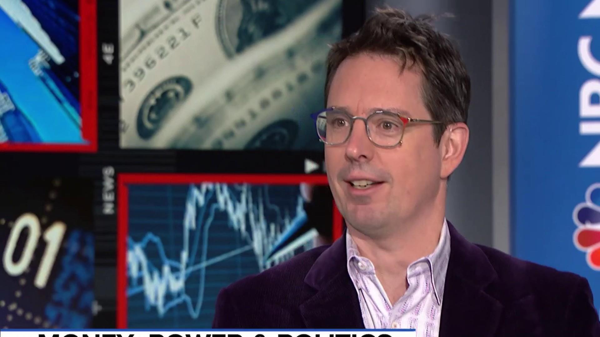 Trump congratulates USA for stock market gains