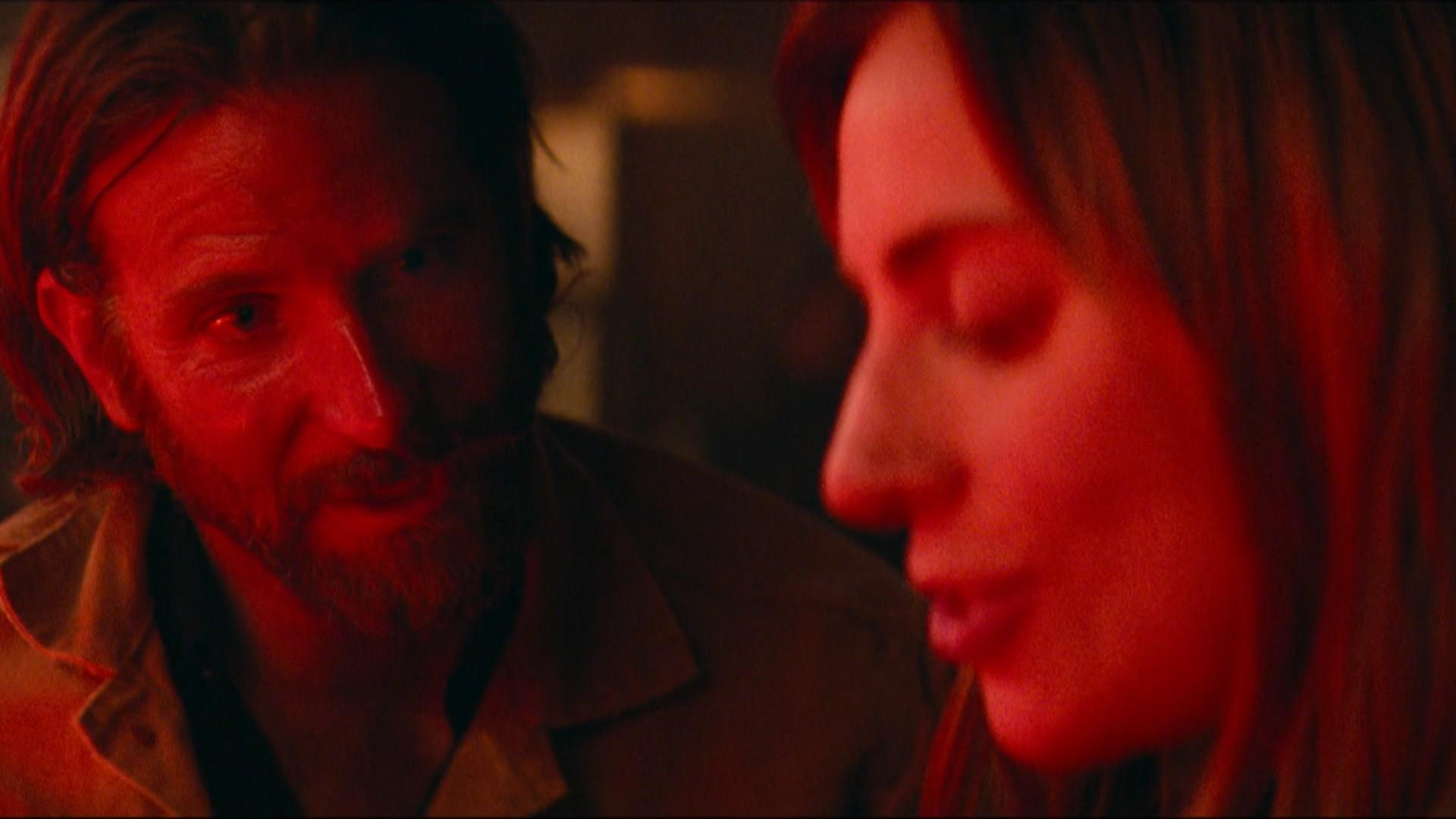 See A 1st Look At Lady Gaga And Bradley Cooper In A Star Is Born
