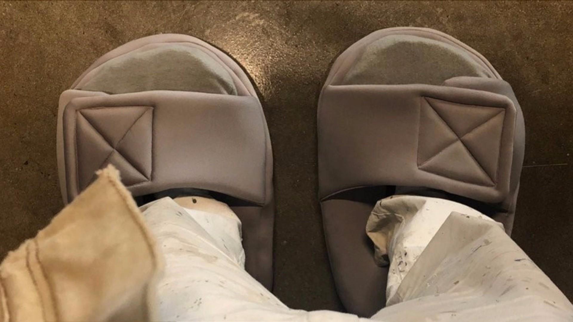 67b9524bcea Kanye West dons huge shoes after social media ridicule