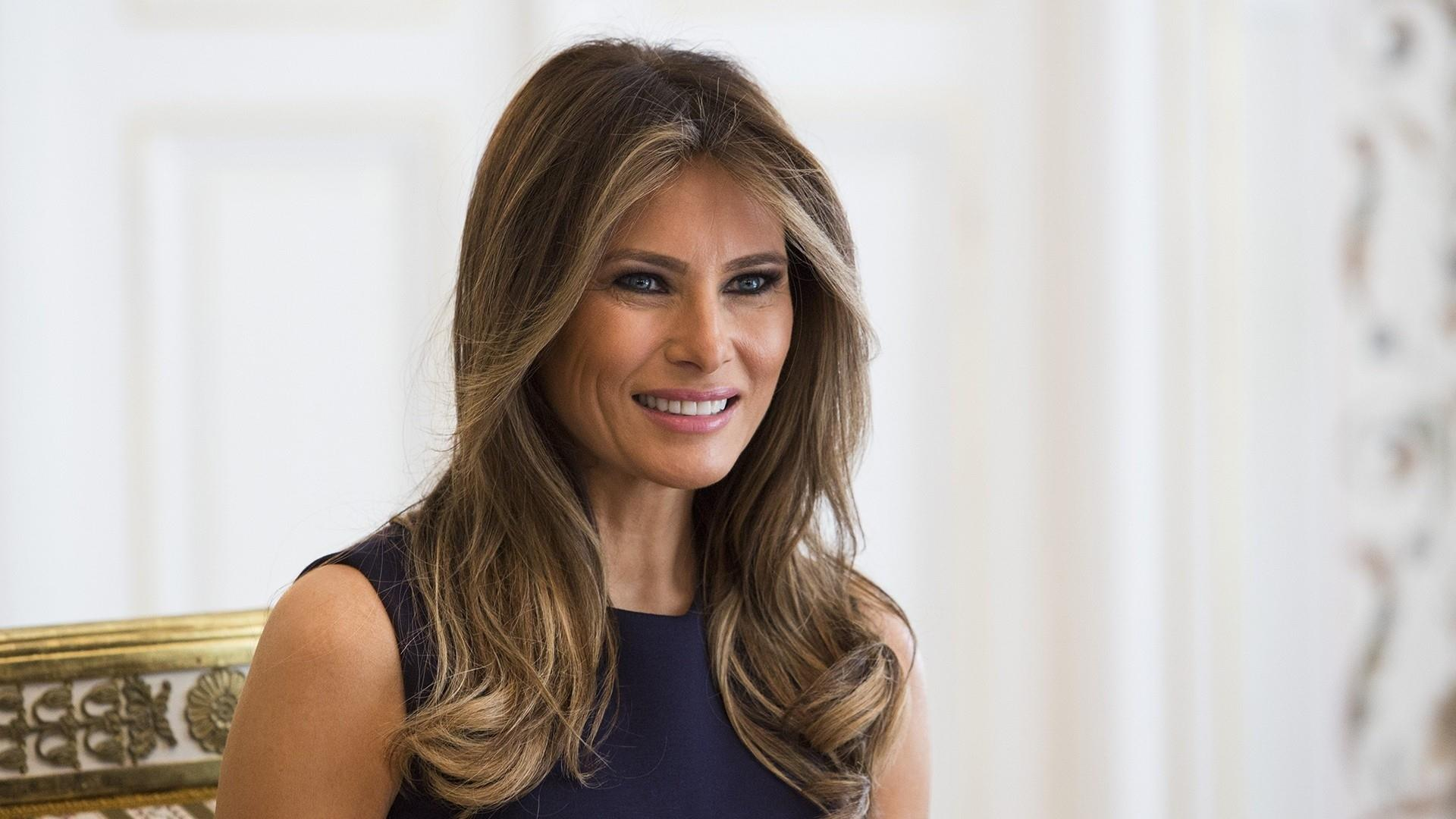 First Lady's plane lands safely after experiencing 'mechanical issue'