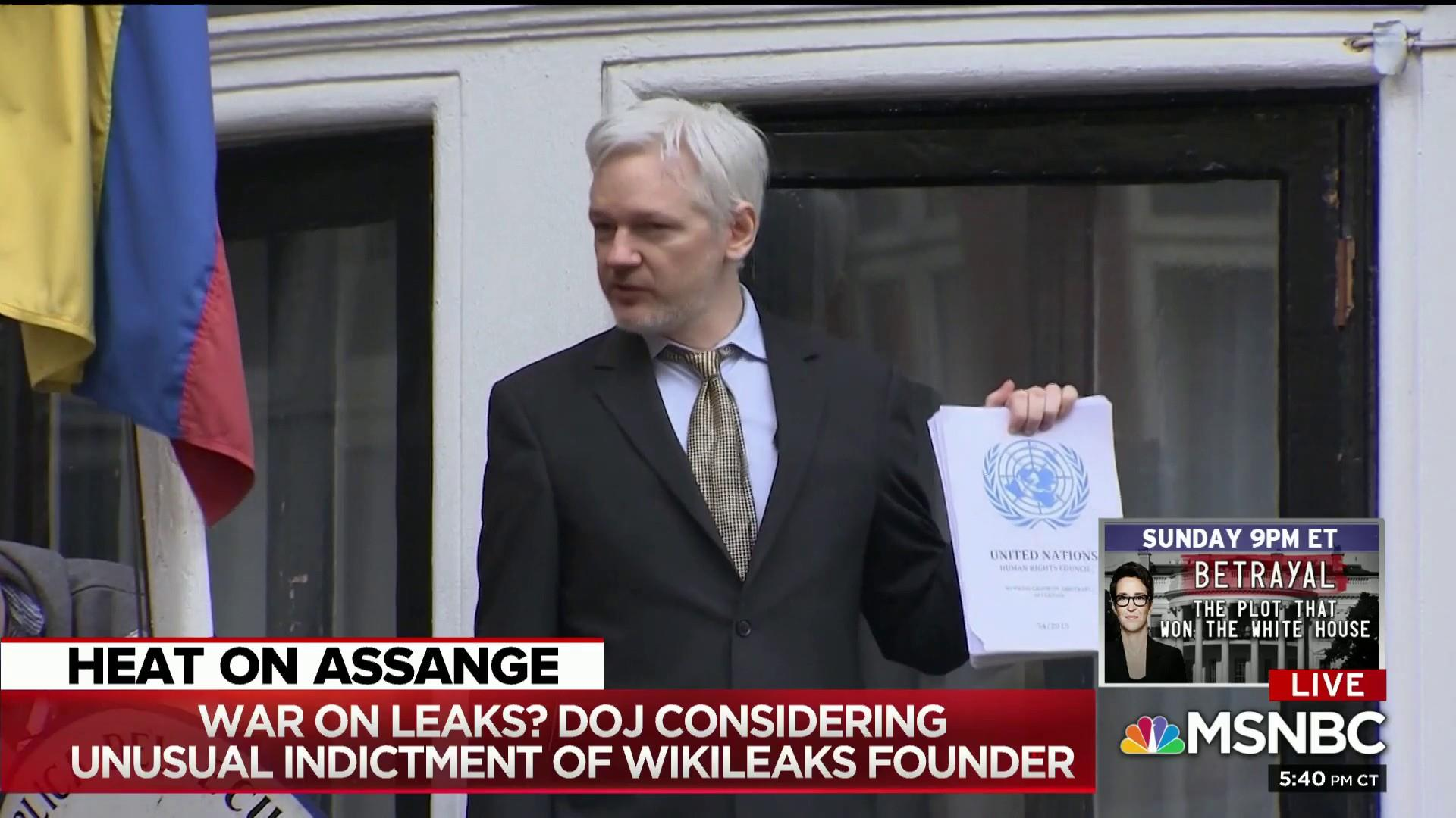 Bombshell: Legal pressure on central Mueller probe figure Assange