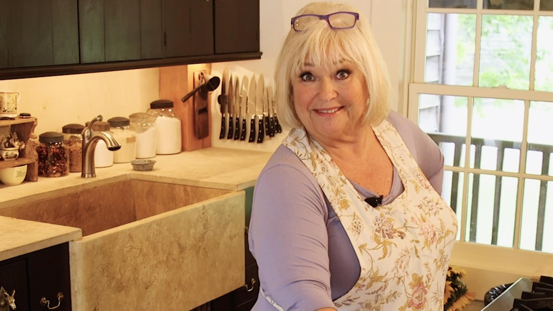 Crazy Kitchens Tour Food Network Star Nancy Fuller S Adorably Chic 17th Century Kitchen