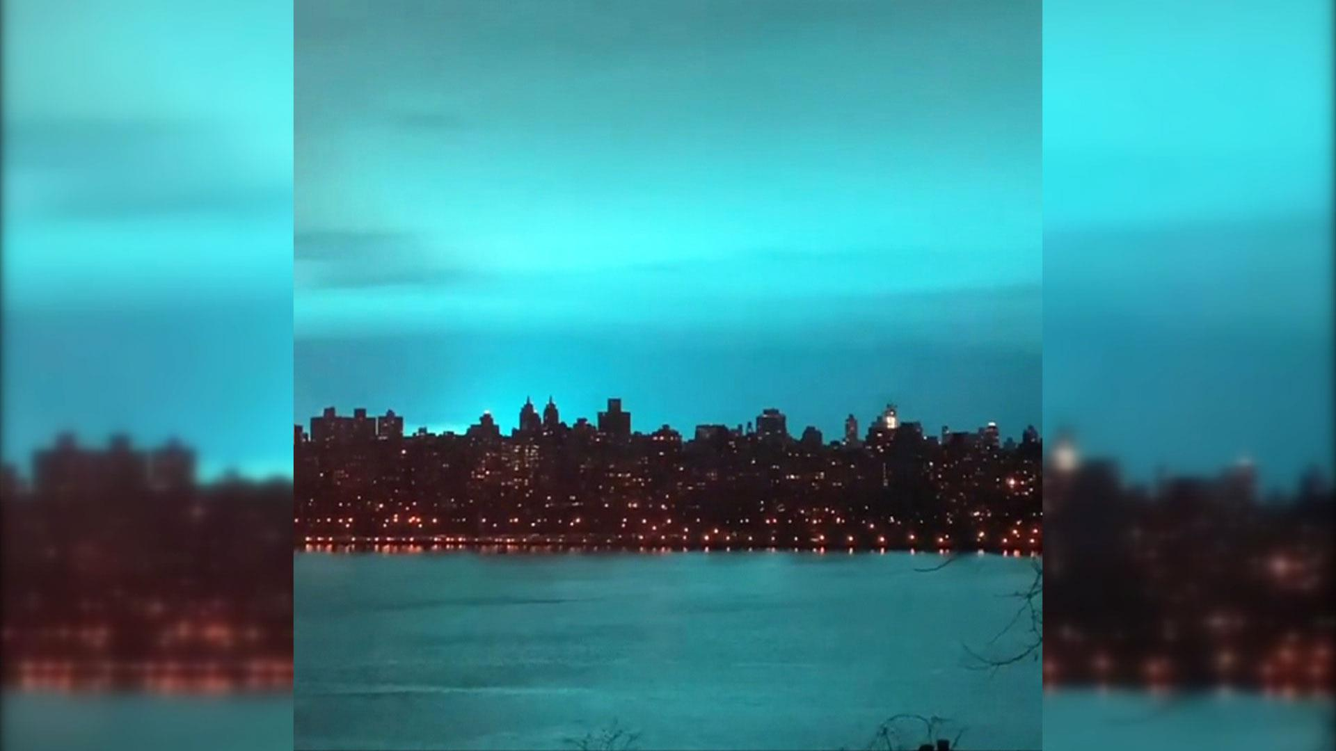 Eerie blue light fills New York City sky after transformer explosion at  power plant