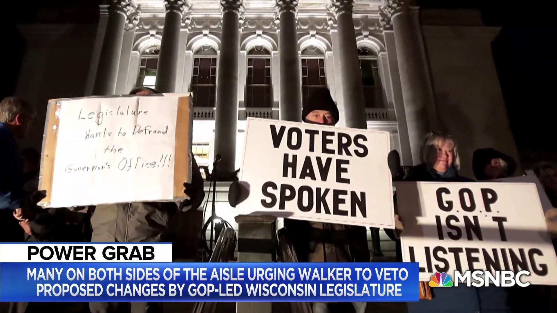Wisconsin political expert: 'I doubt' Walker vetoes power grab
