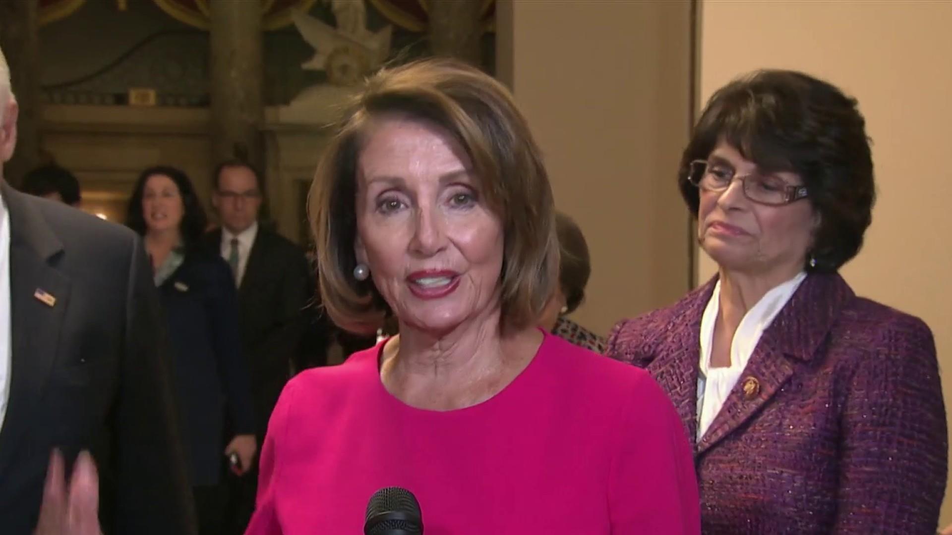 Pelosi heads to White House as shutdown continues