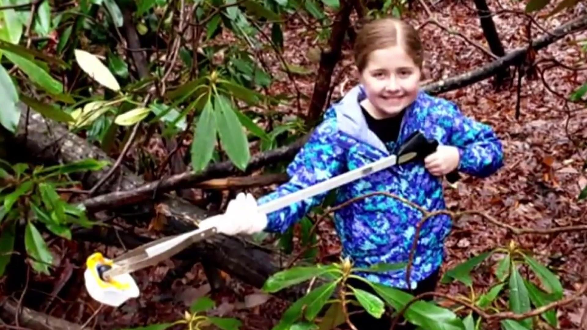 #GoodNewsRUHLES: Dad and daughter clean park during gov't shutdown