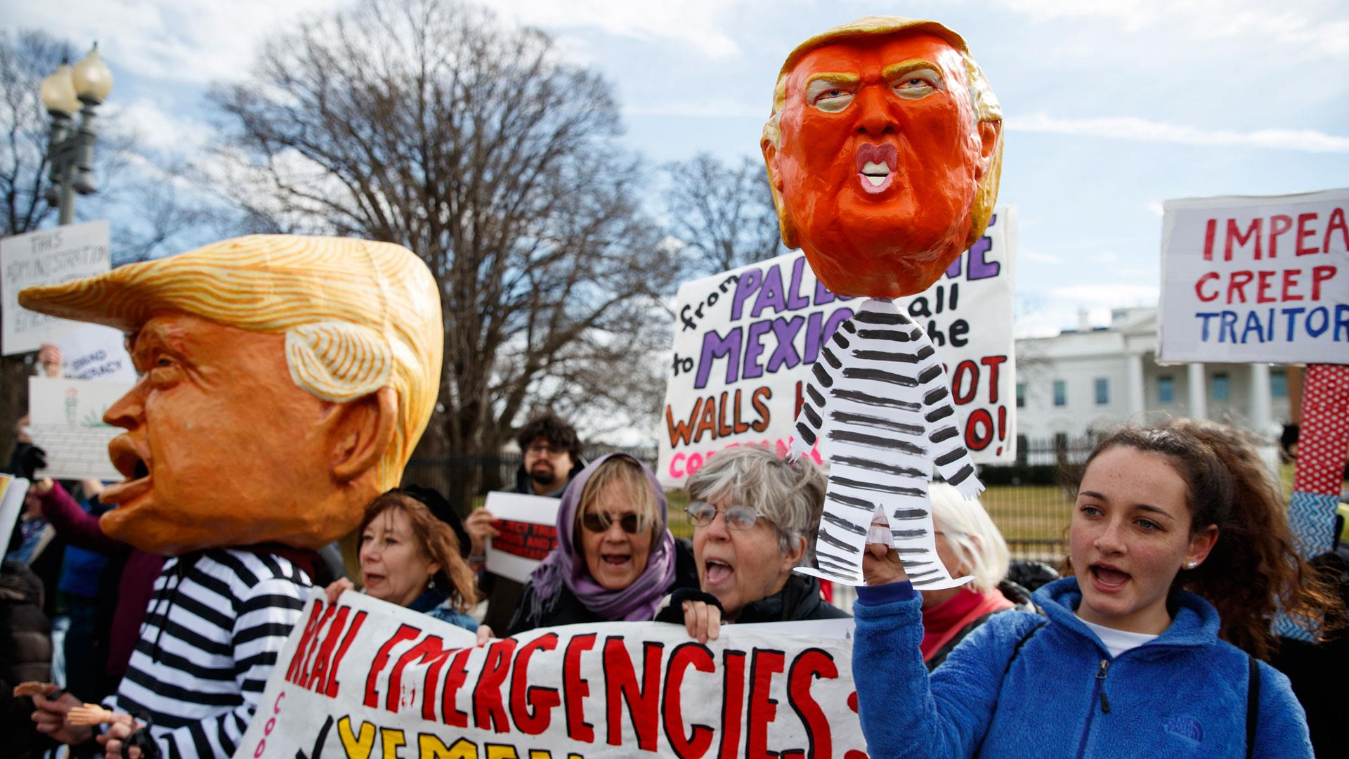 Protesters nationwide show disapproval for Trump's national emergency declaration