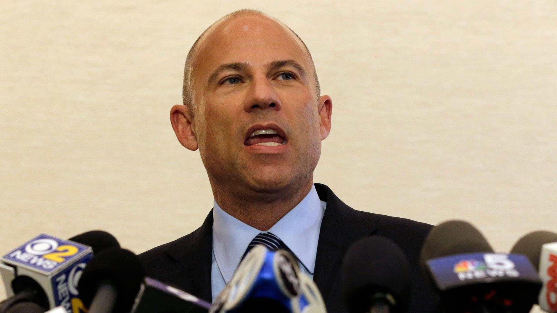 Michael Avenatti describes R. Kelly video allegedly showing him having sex with 14-year-old girl