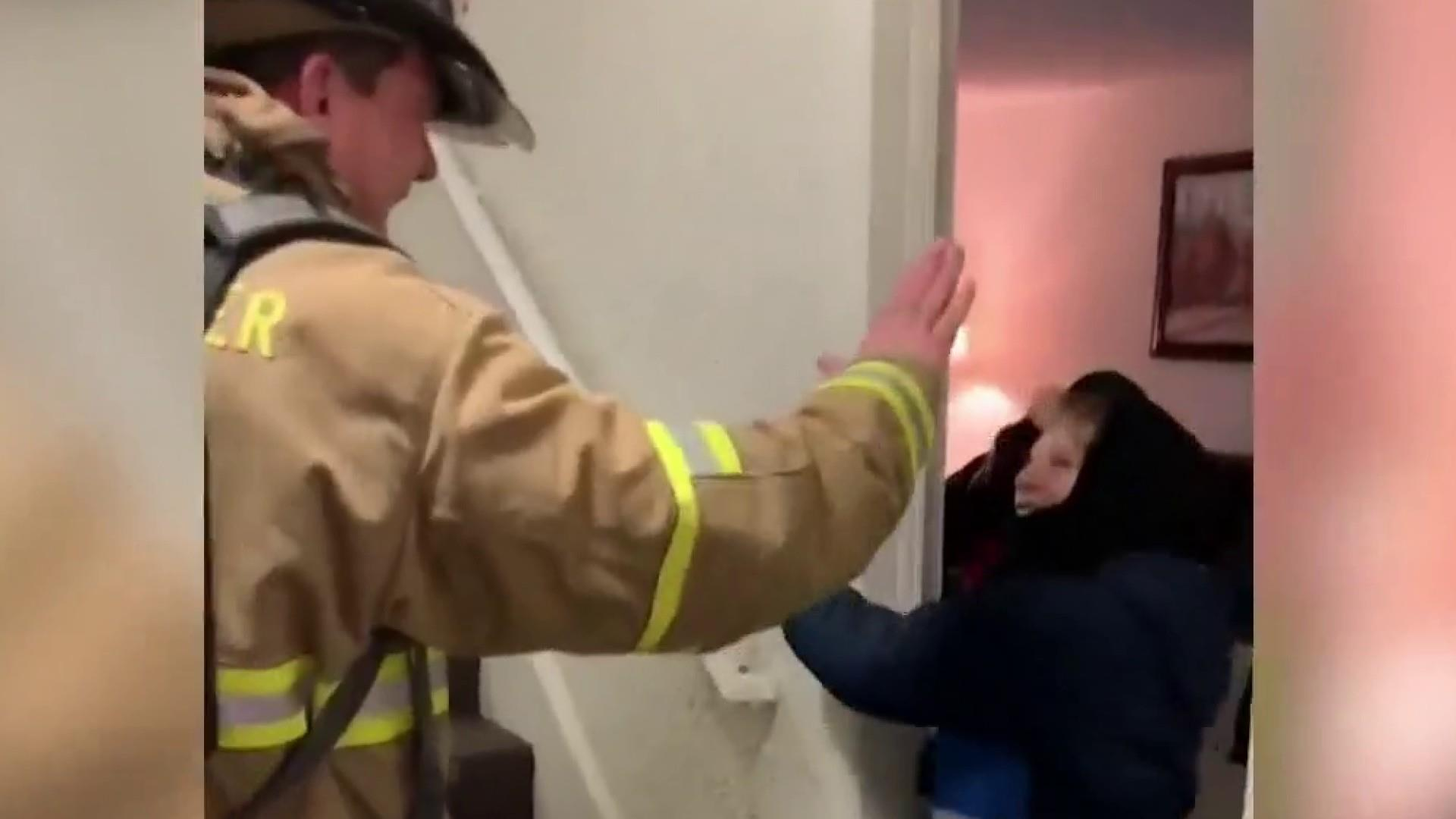 #GoodNewsRUHLES: Fireman speaks to nonverbal boy with sign language