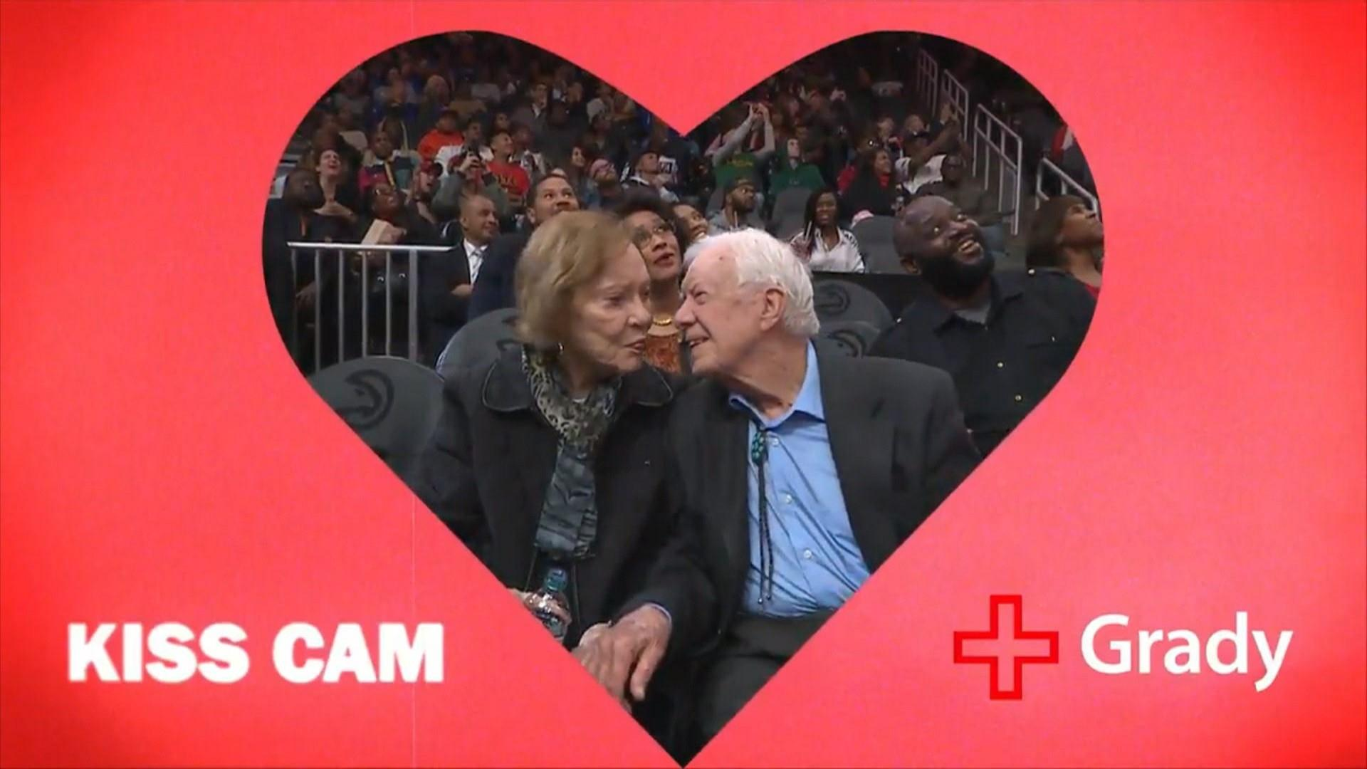 See President Jimmy Carter and wife Rosalynn on 'kiss cam'