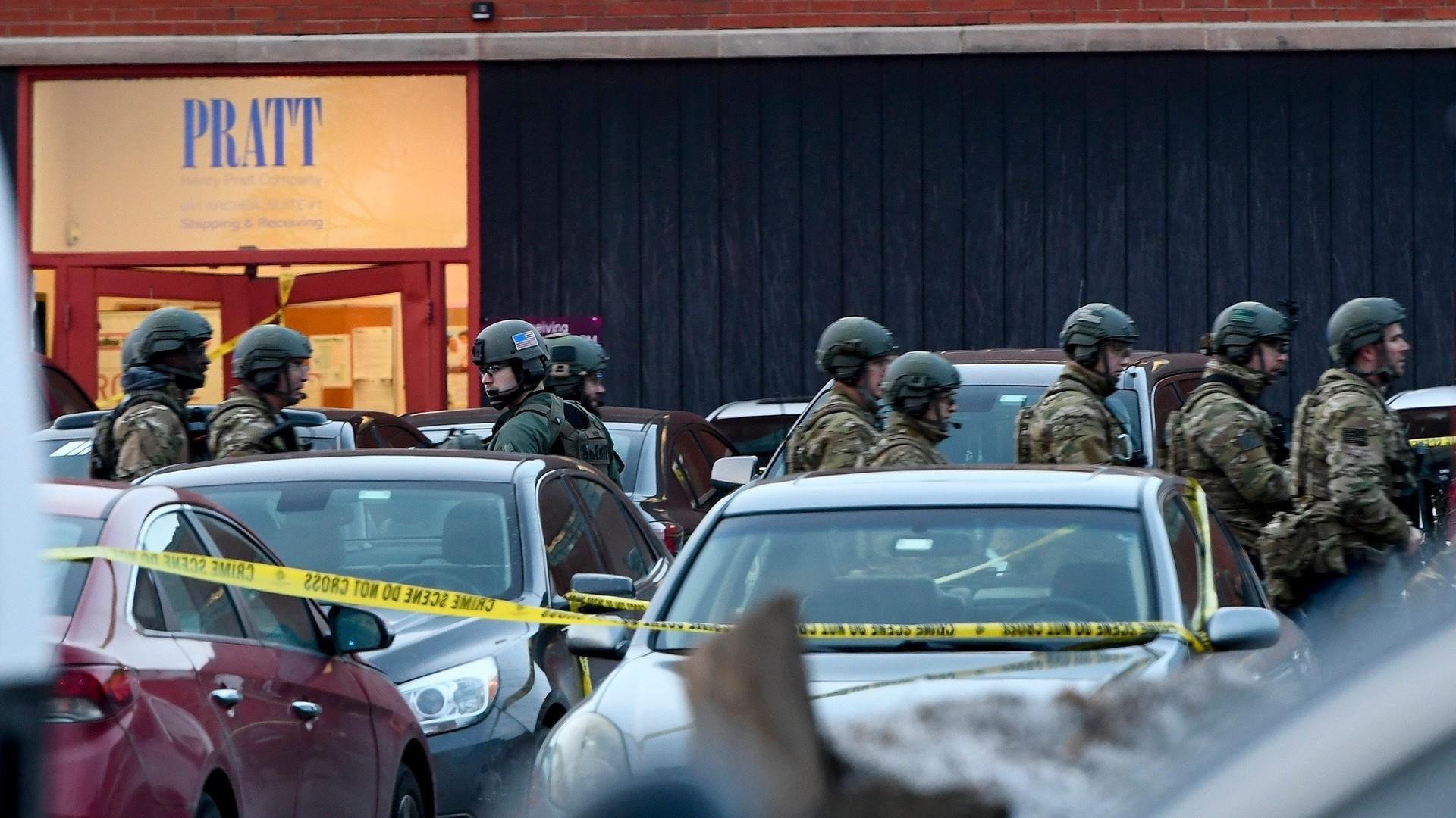 Shooting in Aurora, Illinois leaves 5 dead