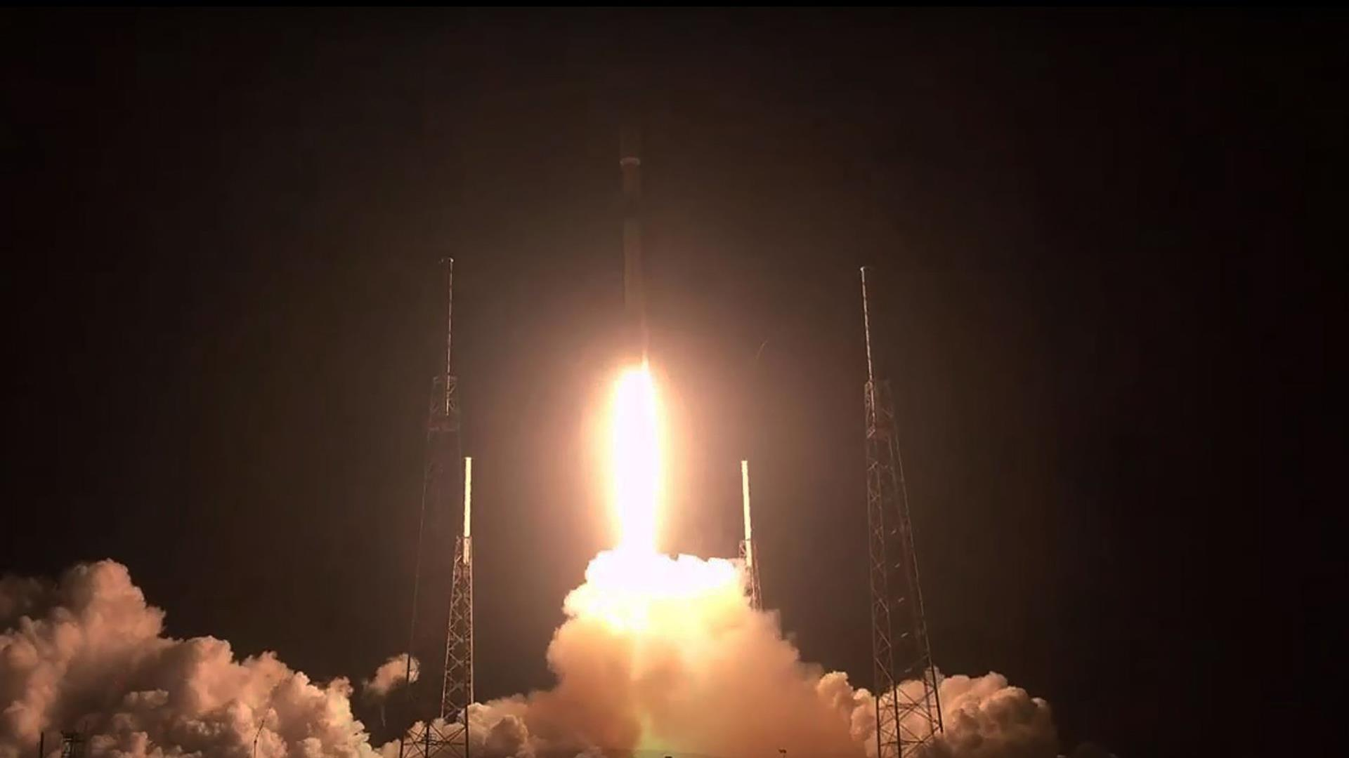 SpaceX launches dozens of 'Starlink' internet satellites into space — its heaviest payload ever