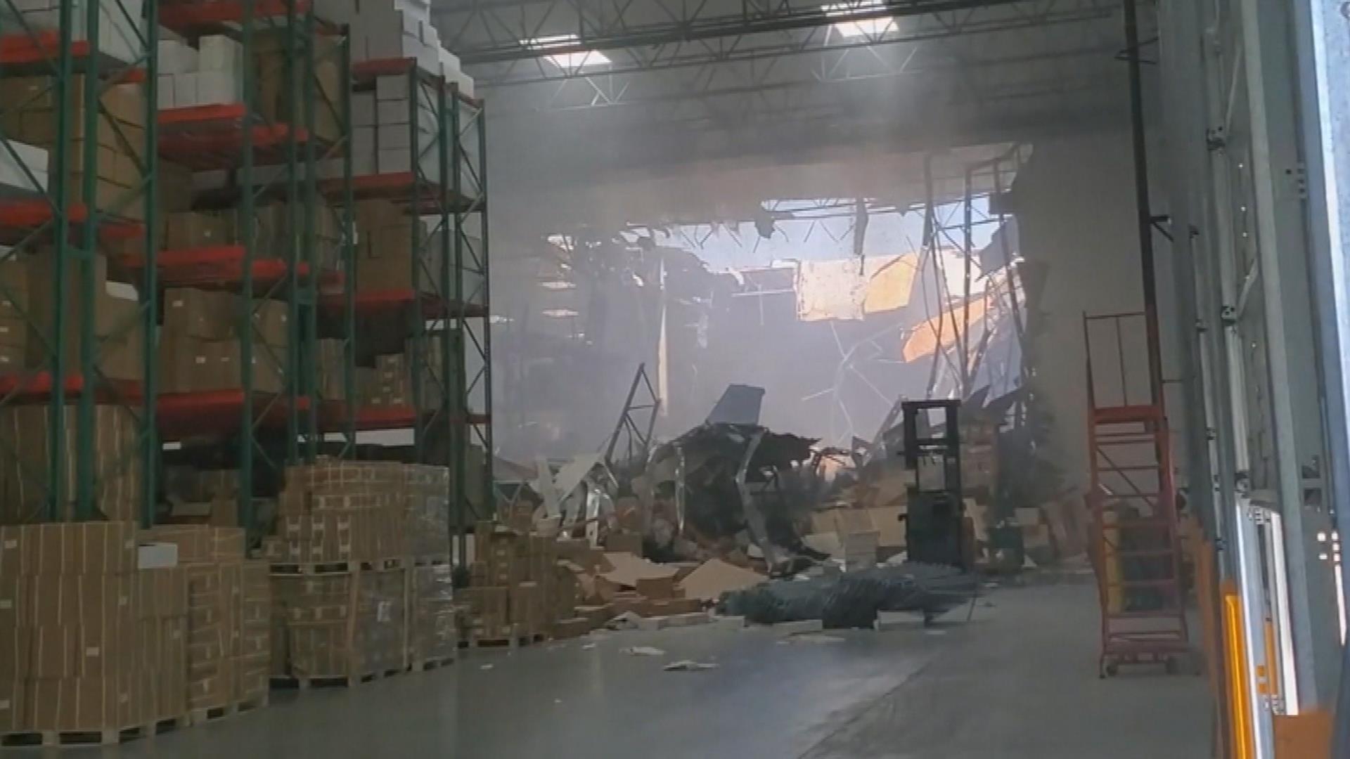 Witnesses capture F-16 fighter jet crash in California