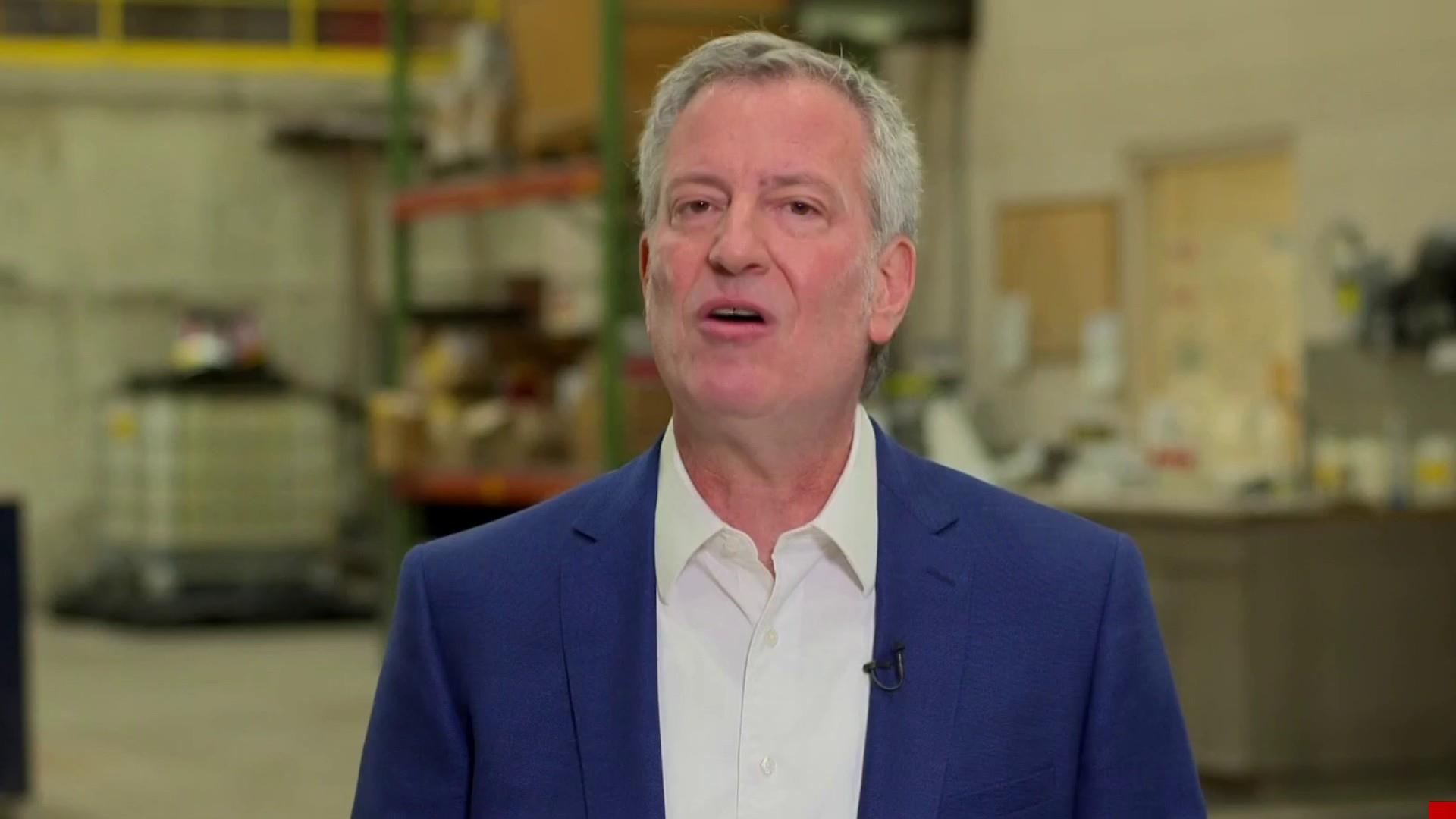 Mayor de Blasio: Donald Trump has conned everyone