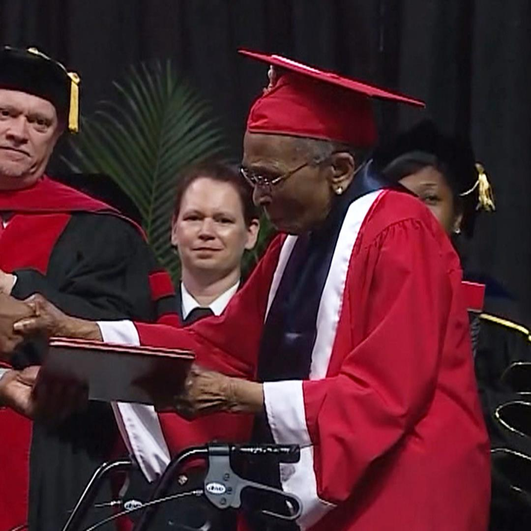 WWII veteran, 99, accepts college diploma 70 years later